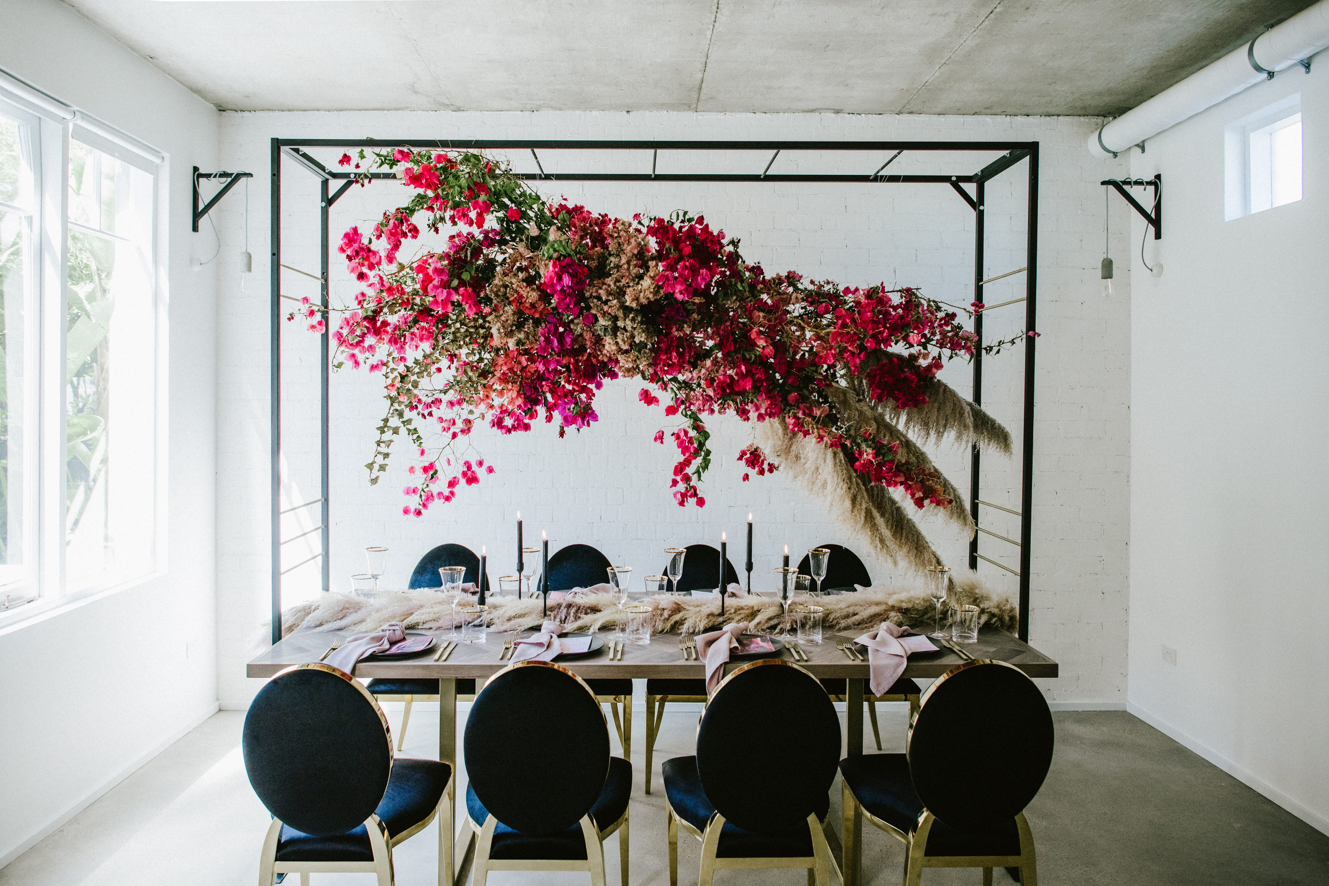 Floral Decor: Love Is In The Air! Hanging Floral Installation Ideas For