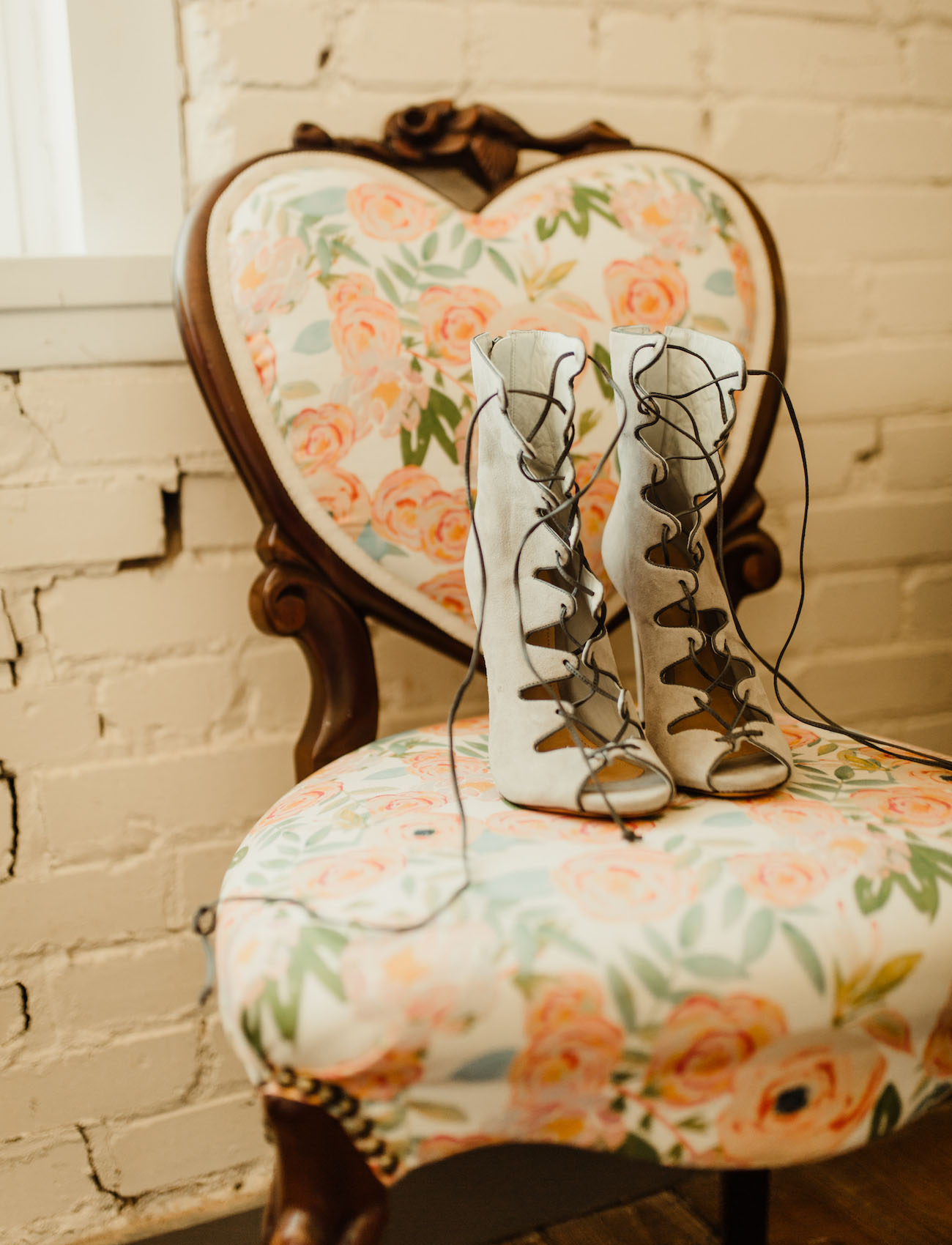 strap up heels