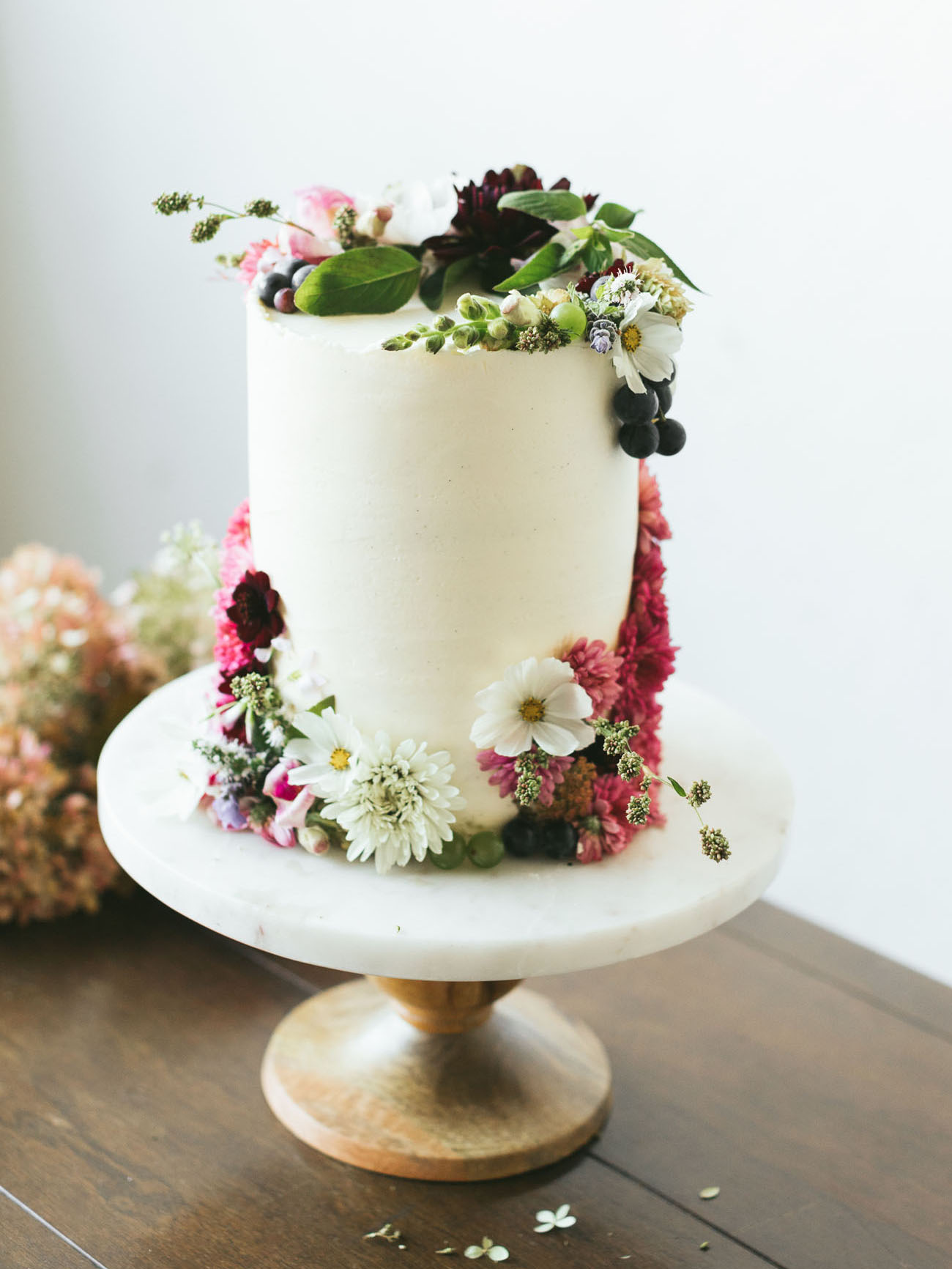 fresh floral cake