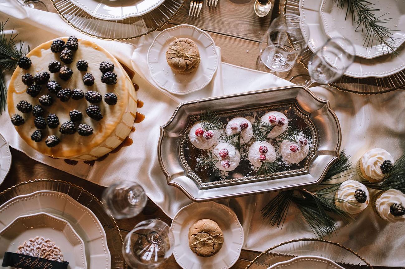 Glam Christmas Wedding Inspiration