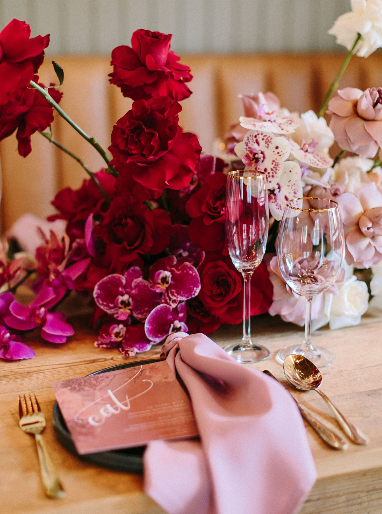 ombre red centerpiece