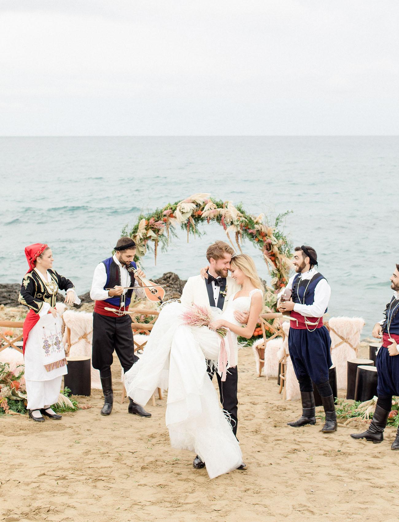 1913ed3e68c15 This Elegant Beach Wedding Captures Crete s Undeniable Charm - Green ...