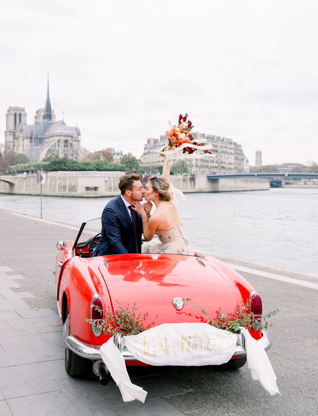 Dreamy Paris Elopement
