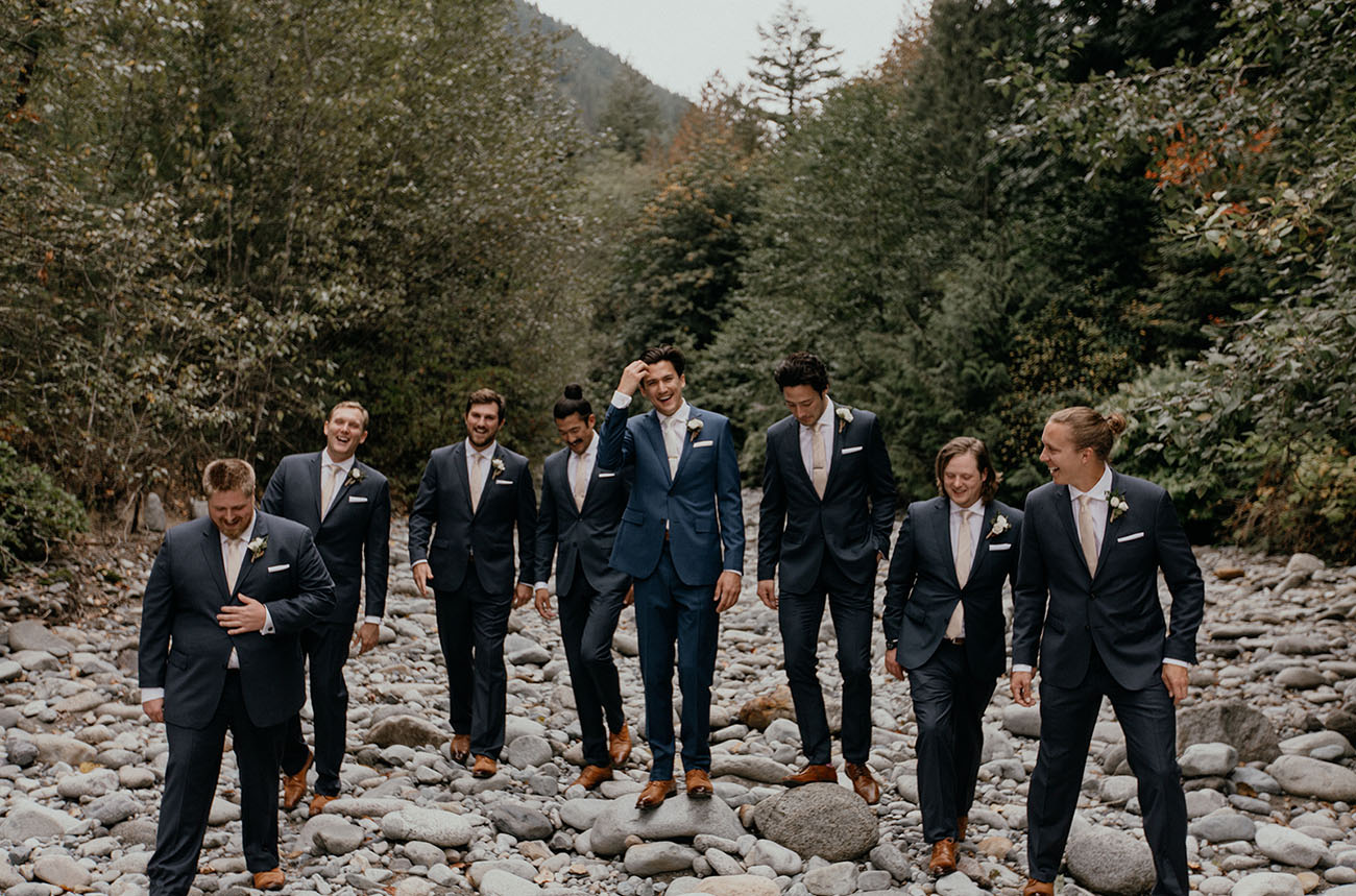 blue suit groomsmen