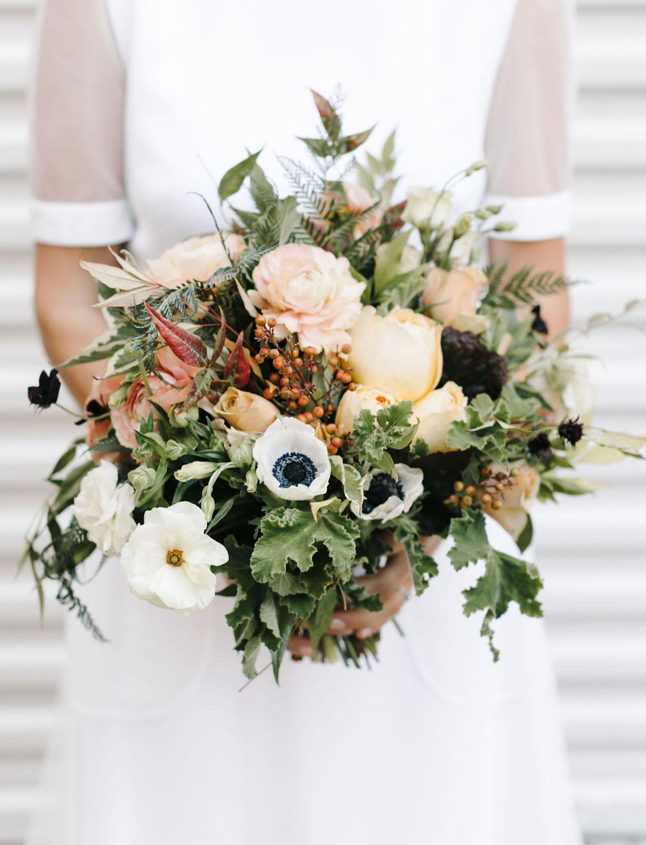 garden anemone bouquet