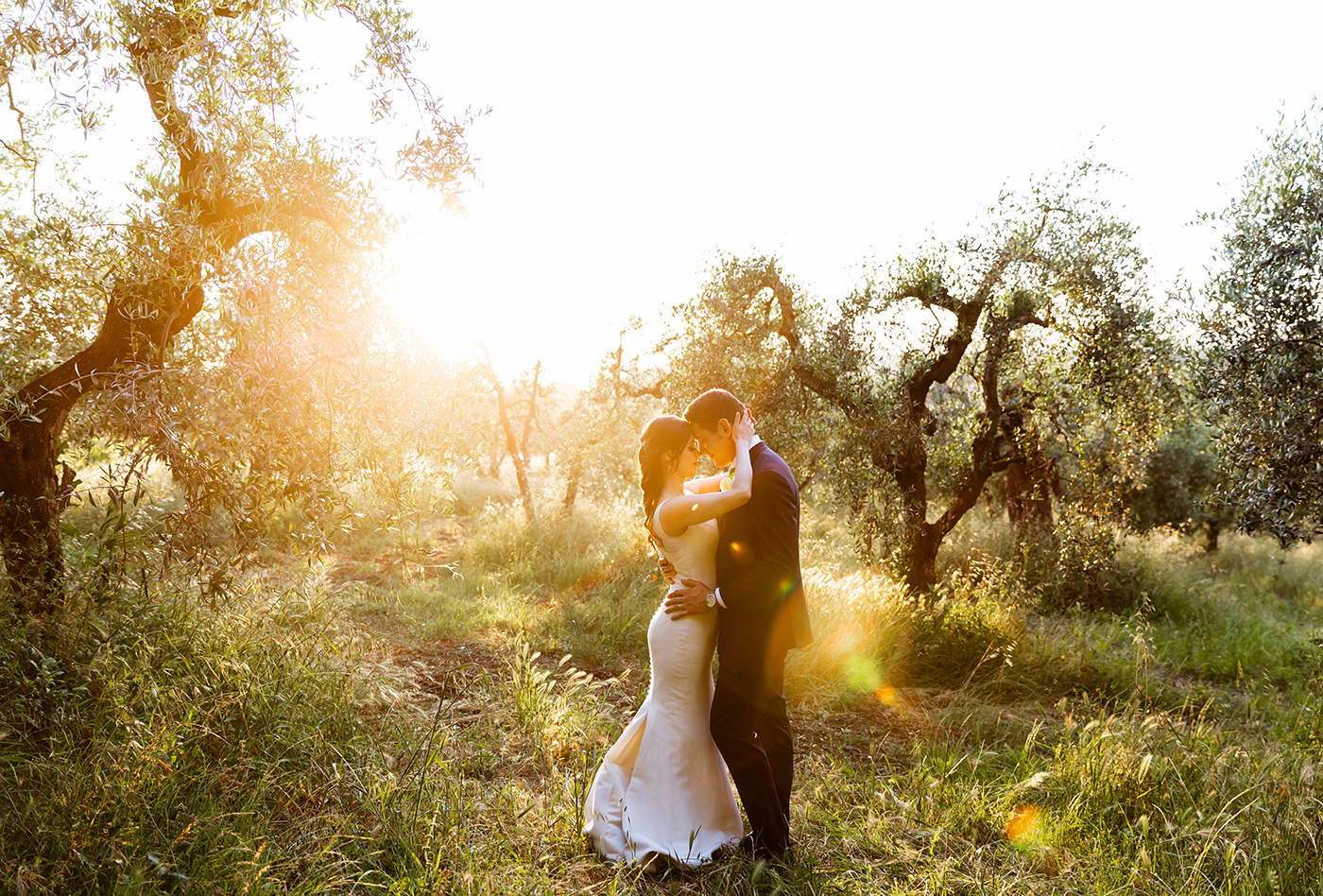dreamy golden hour couple