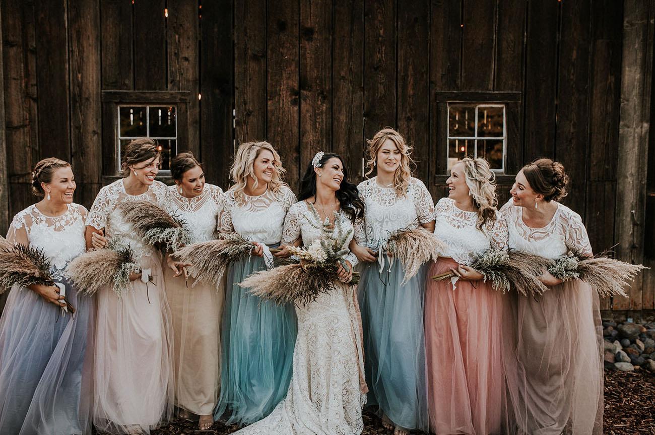 pastel tulle bridesmaids