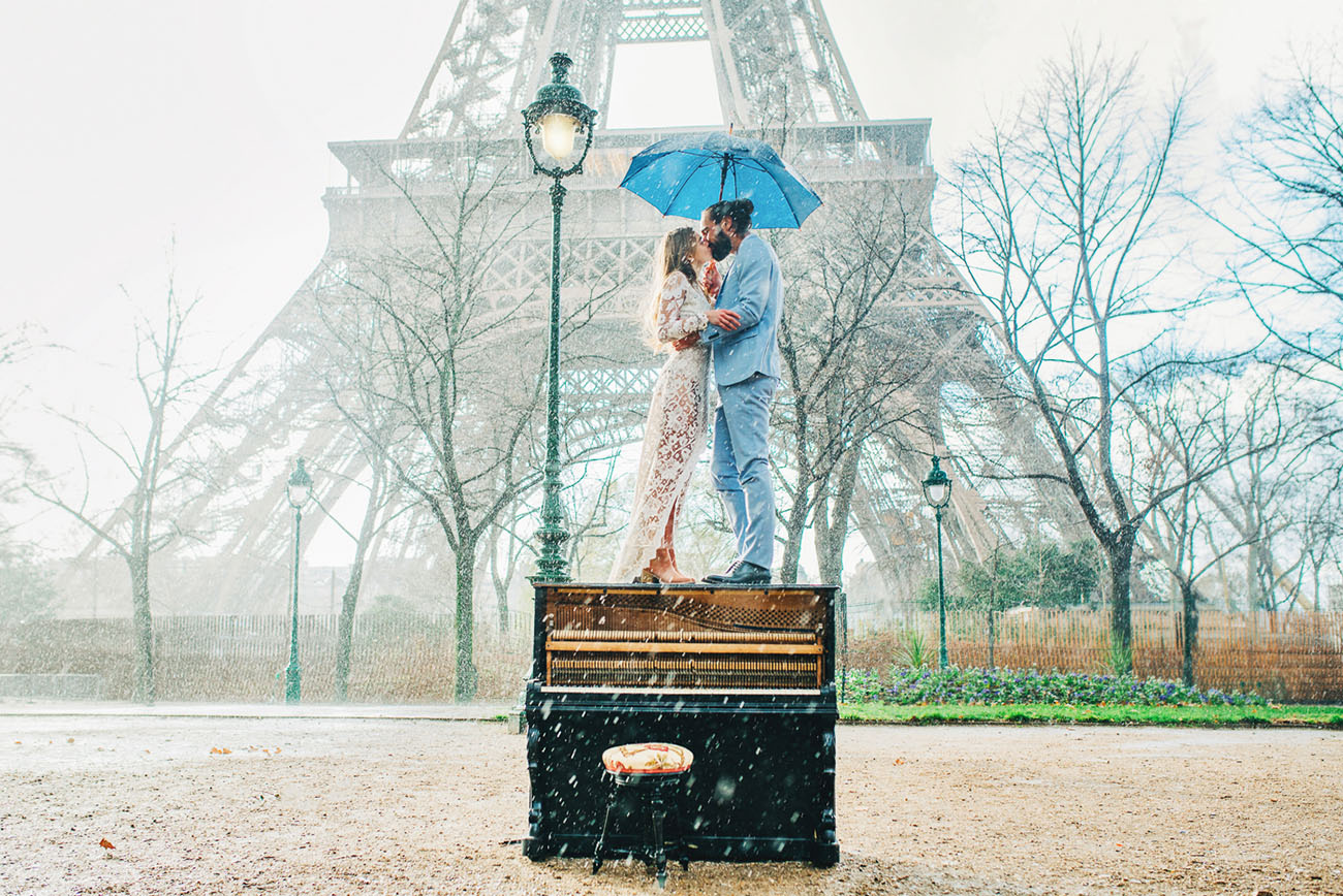 Paris Elopement with a Piano