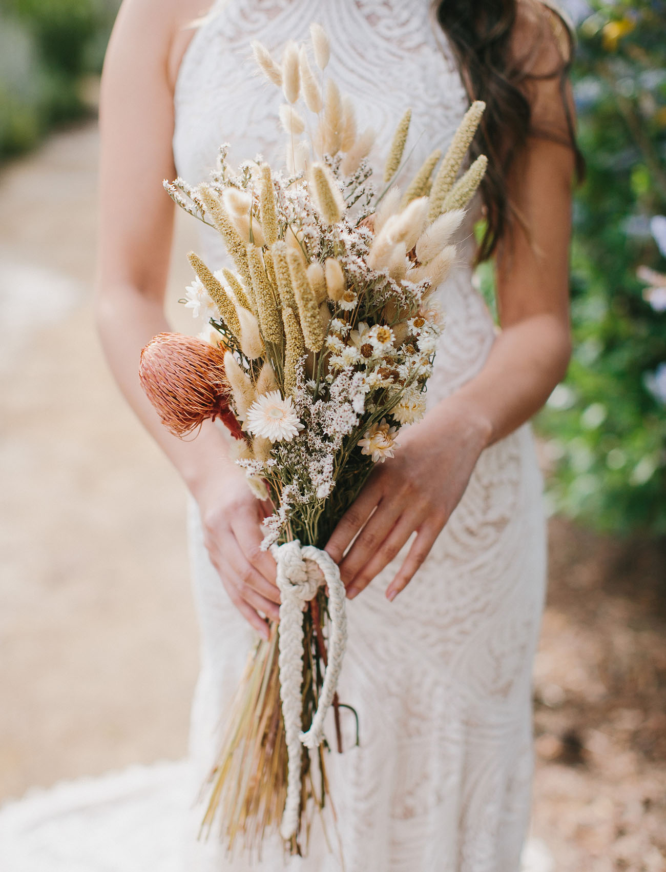 DIY dried floral bouquet with afloral