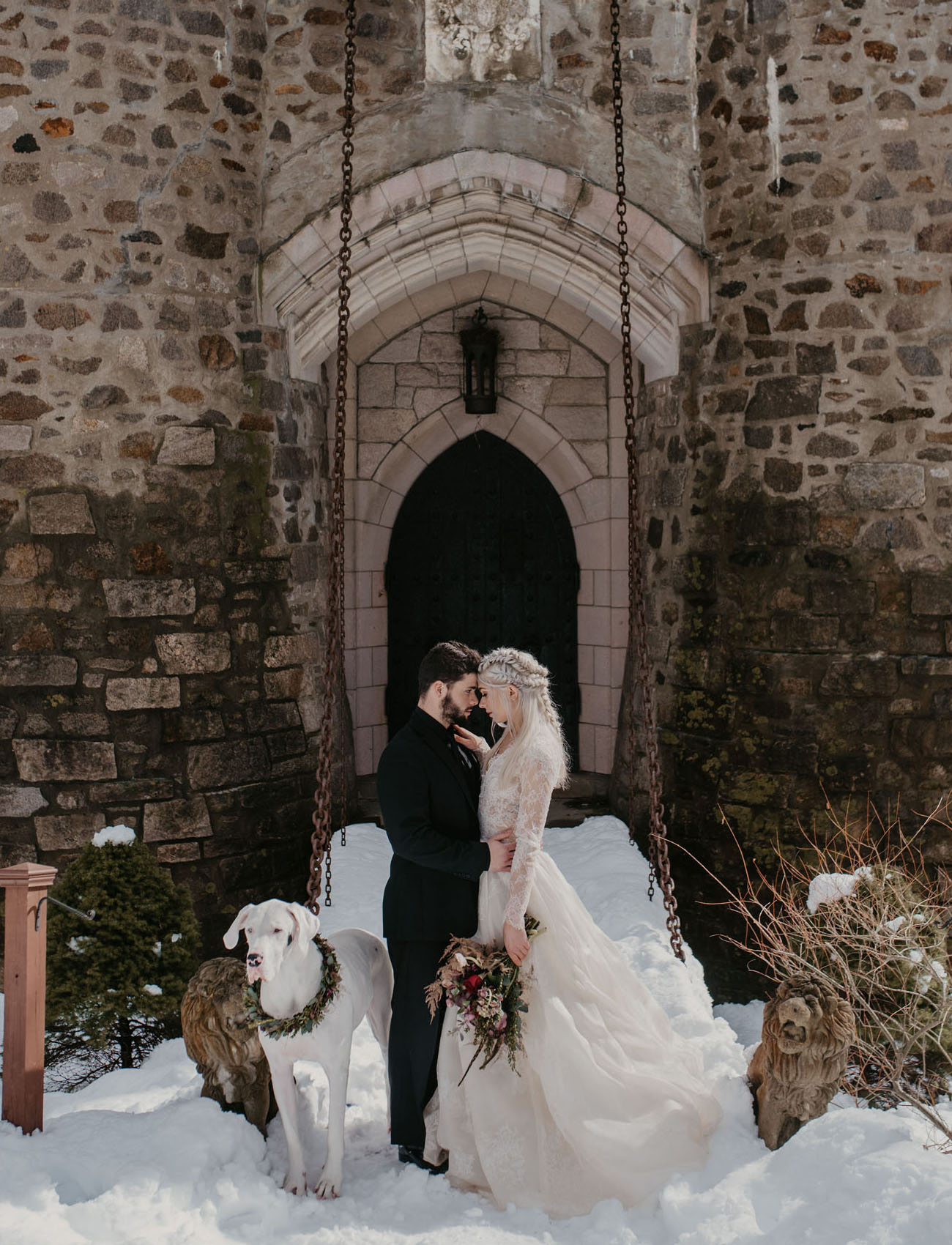 A Marriage Of Ice And Fire The Game Of Thrones Inspired Wedding You Ve Got To See To Believe Green Wedding Shoes