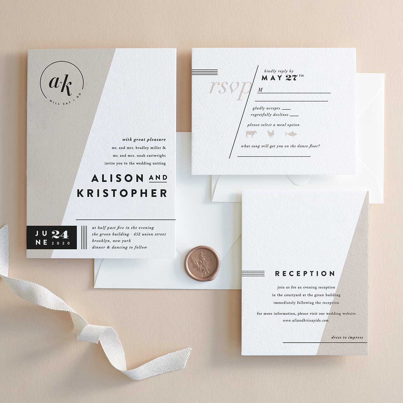 Minted Wedding Website.Minted S 2019 Invitation Collection Is Here Along With Custom