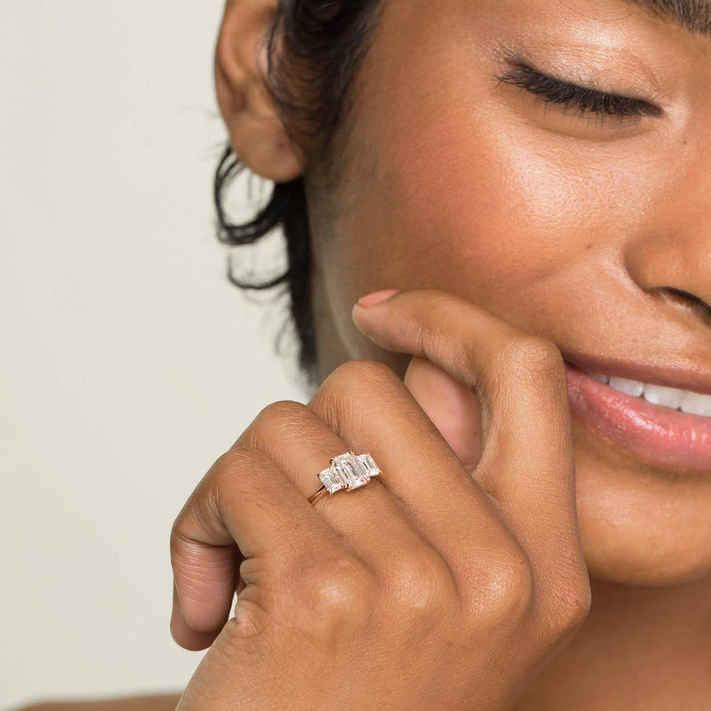 vrai three stone lab grown diamond ring