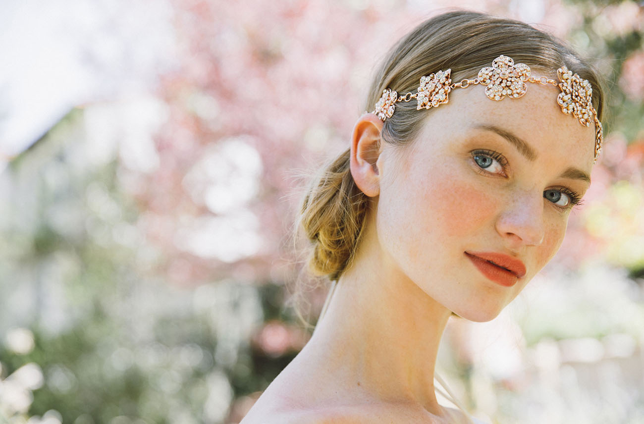 14 Goddess-Worthy Headpieces for Your Wedding Day