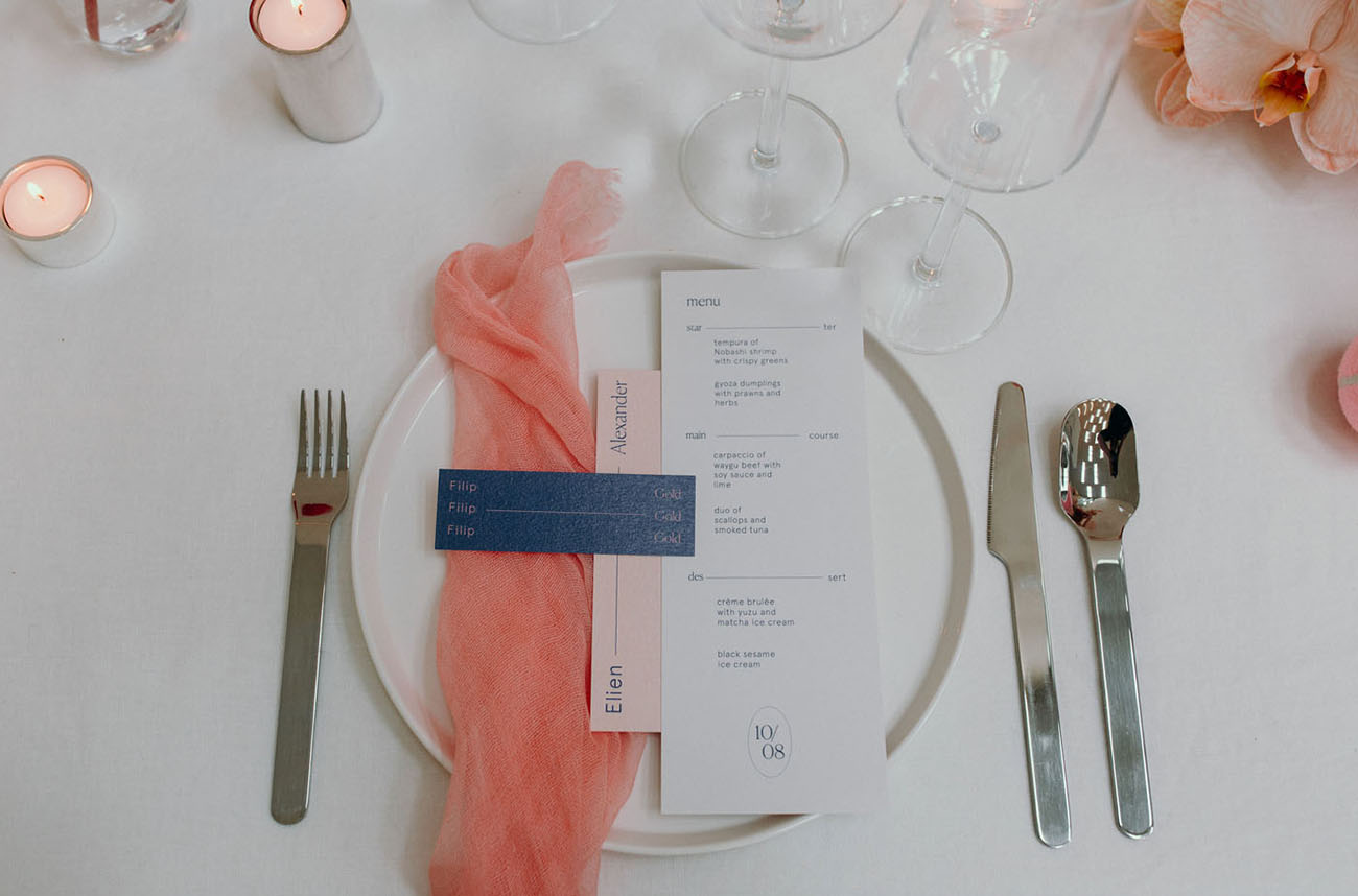 pink dinner napkins