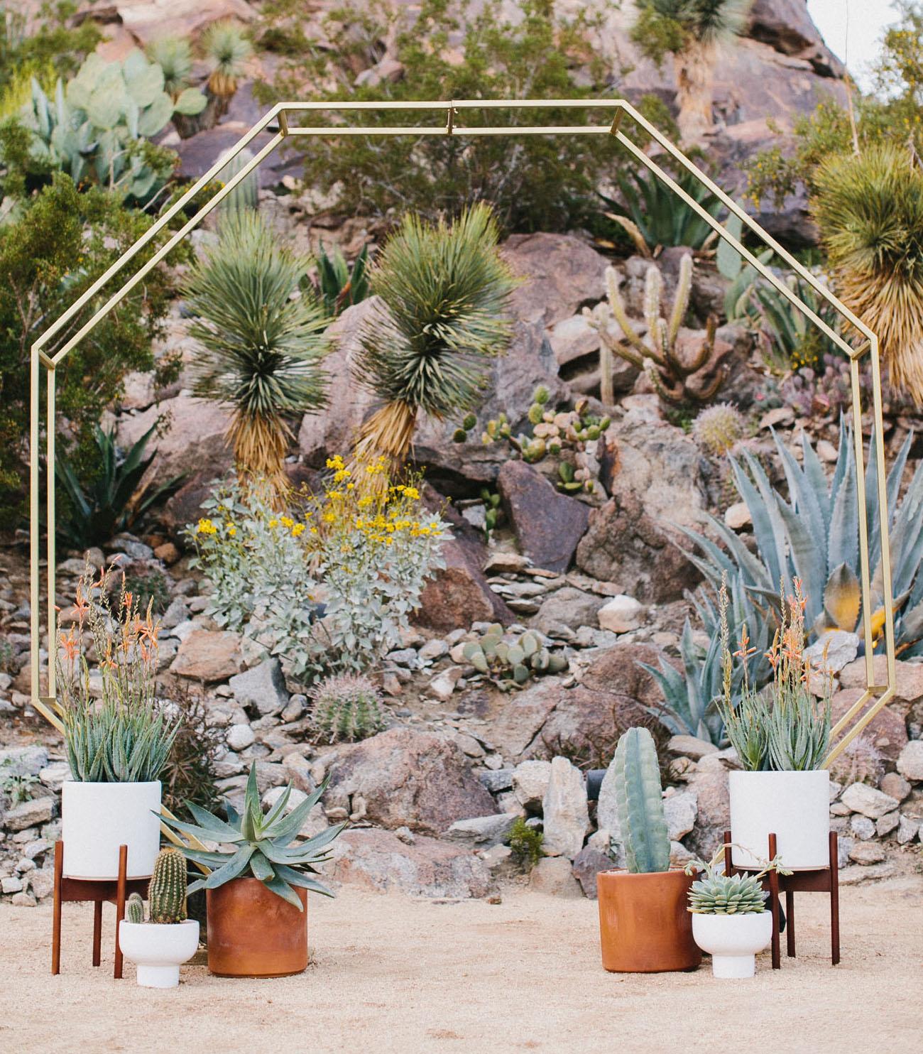 ceremony plant decor
