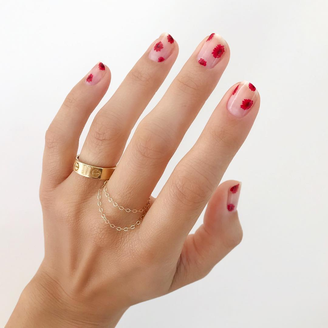 poppy manicure