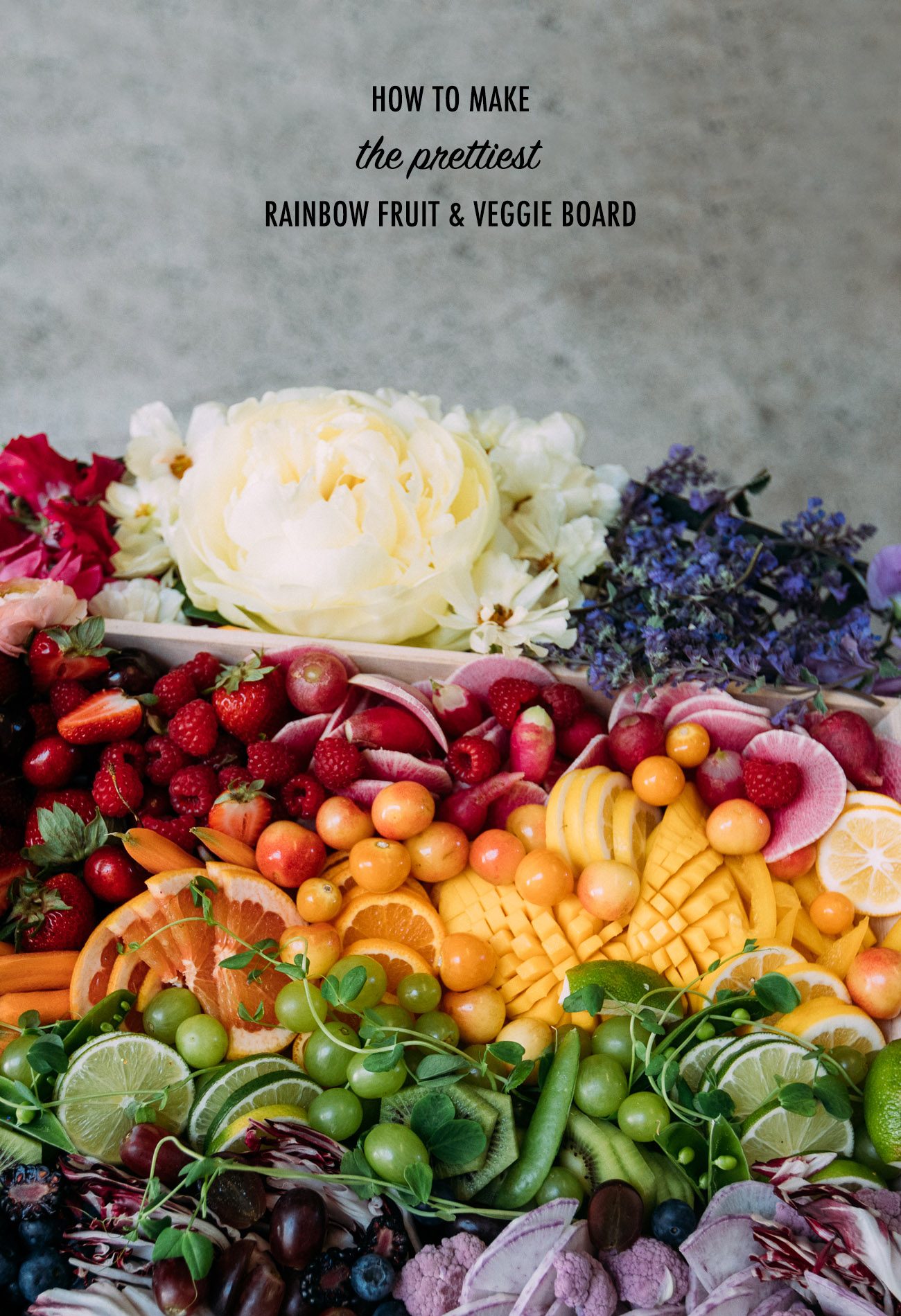 How to Make the Prettiest Rainbow Fruit and Veggie Platter