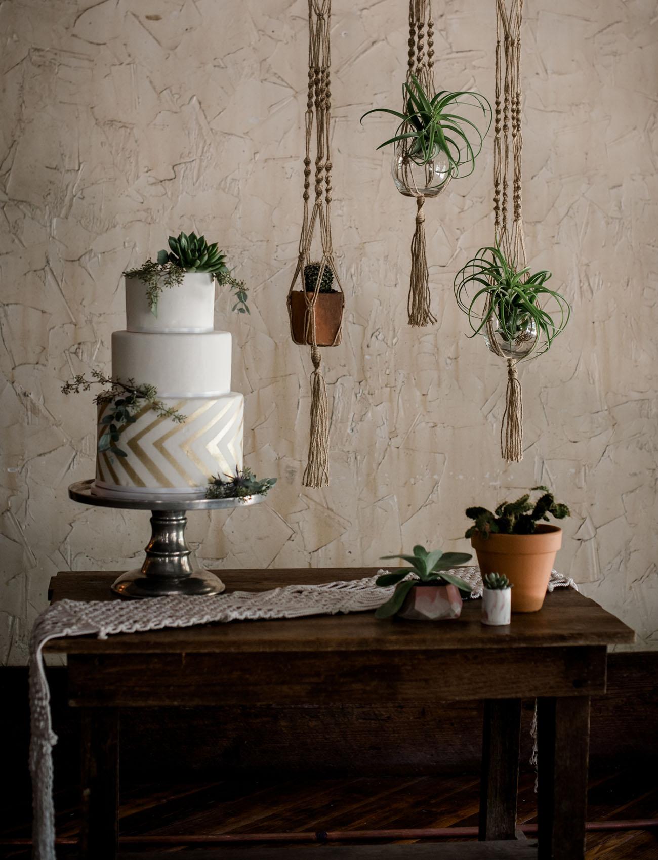 real plants wedding cake