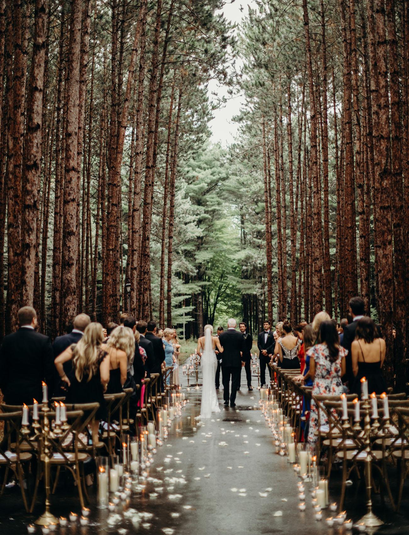 choose a venue that looks great au naturel