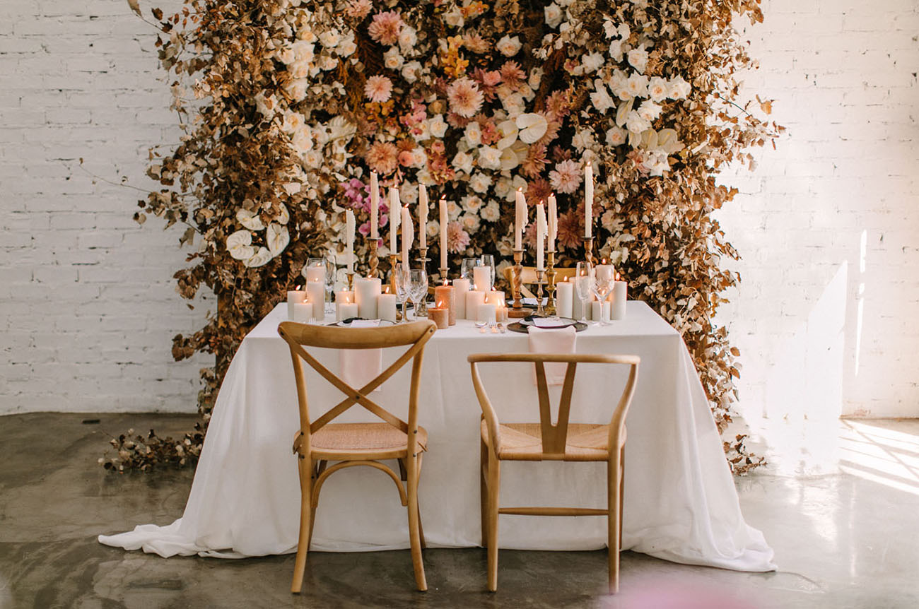 This Floral Backdrop will Have You Dreaming of Fall…