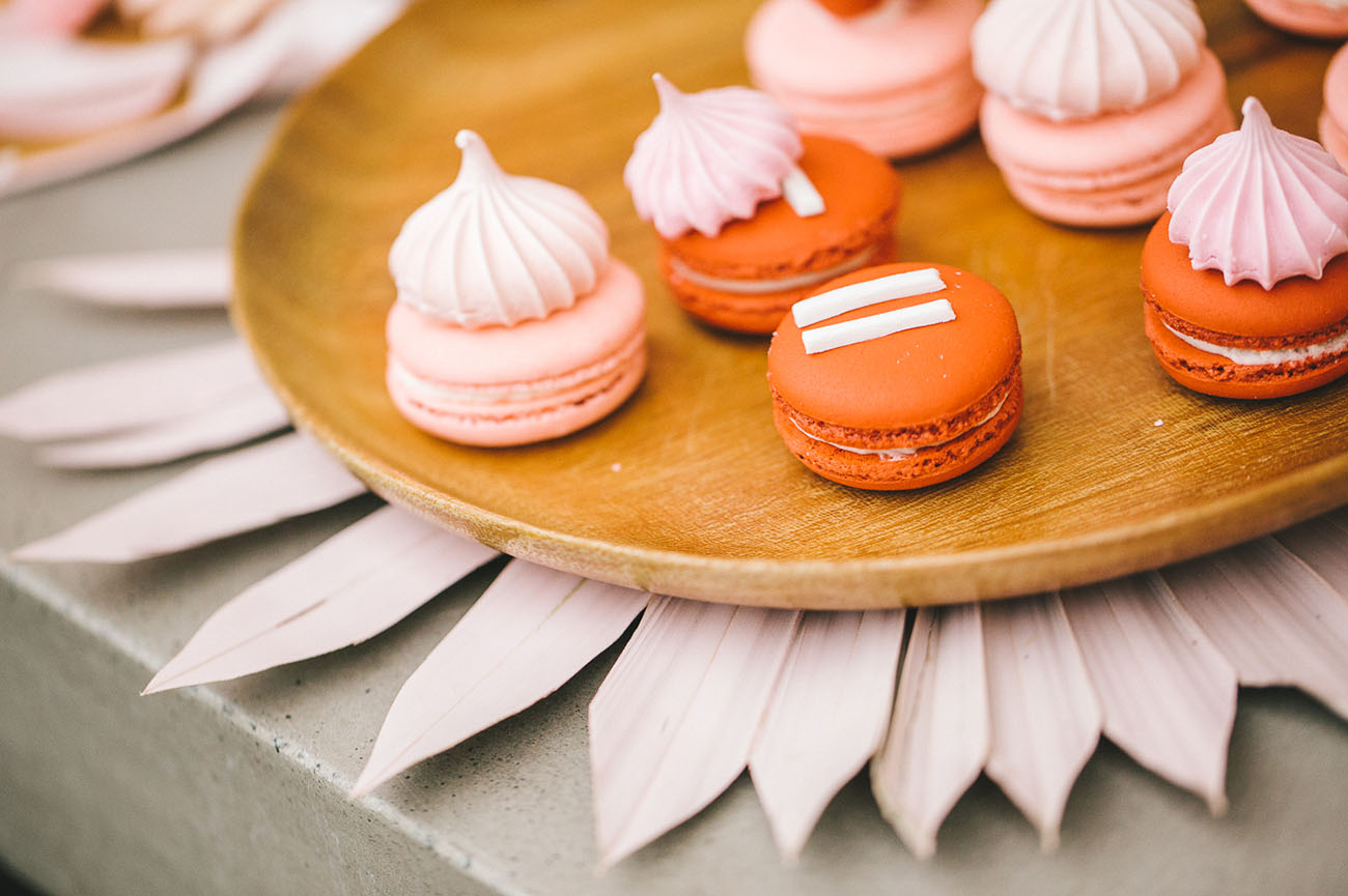pink and red macarons