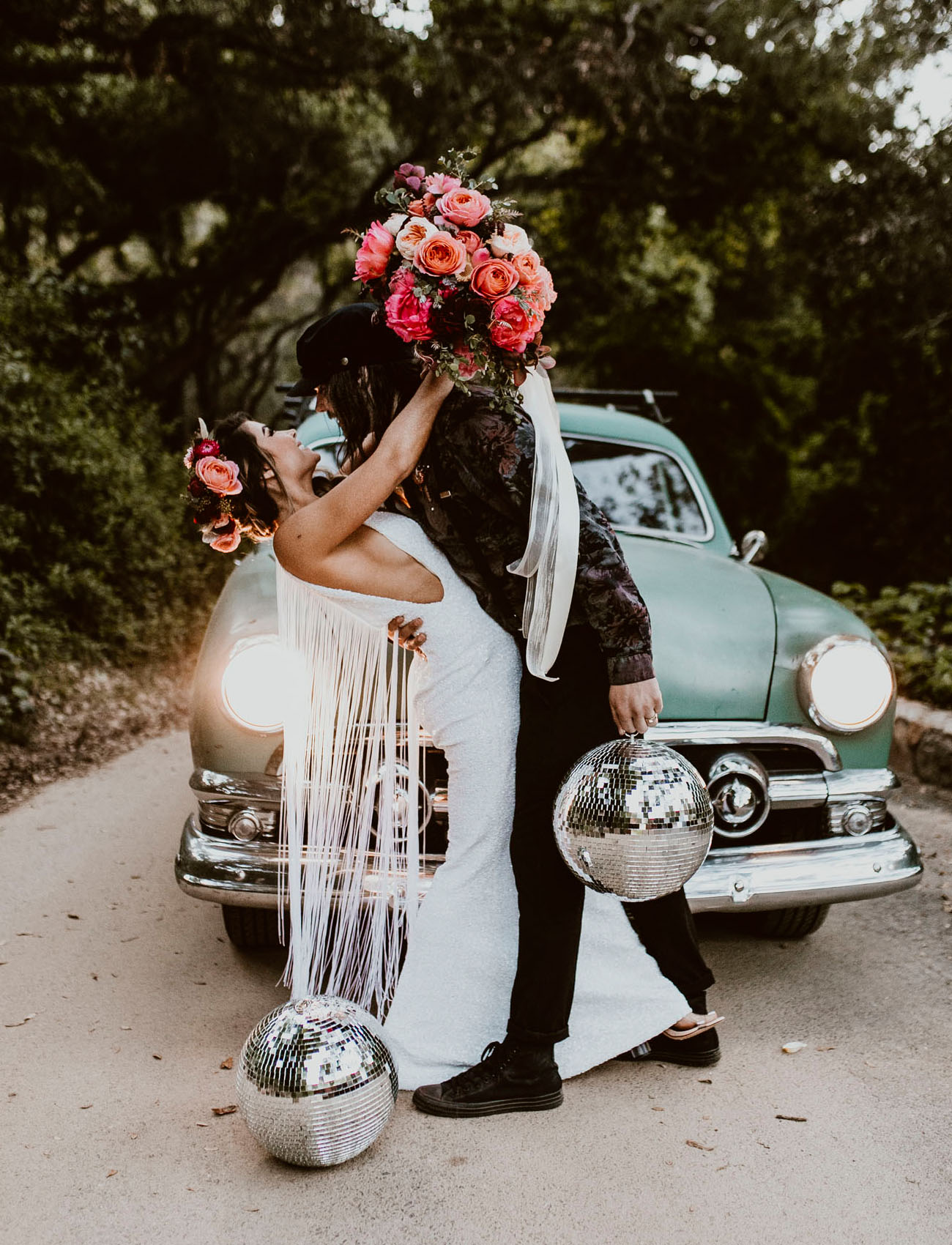fe136835a1550 Rock n' Roll Princess Marries Her Musician in this DIY Boho Wedding ...