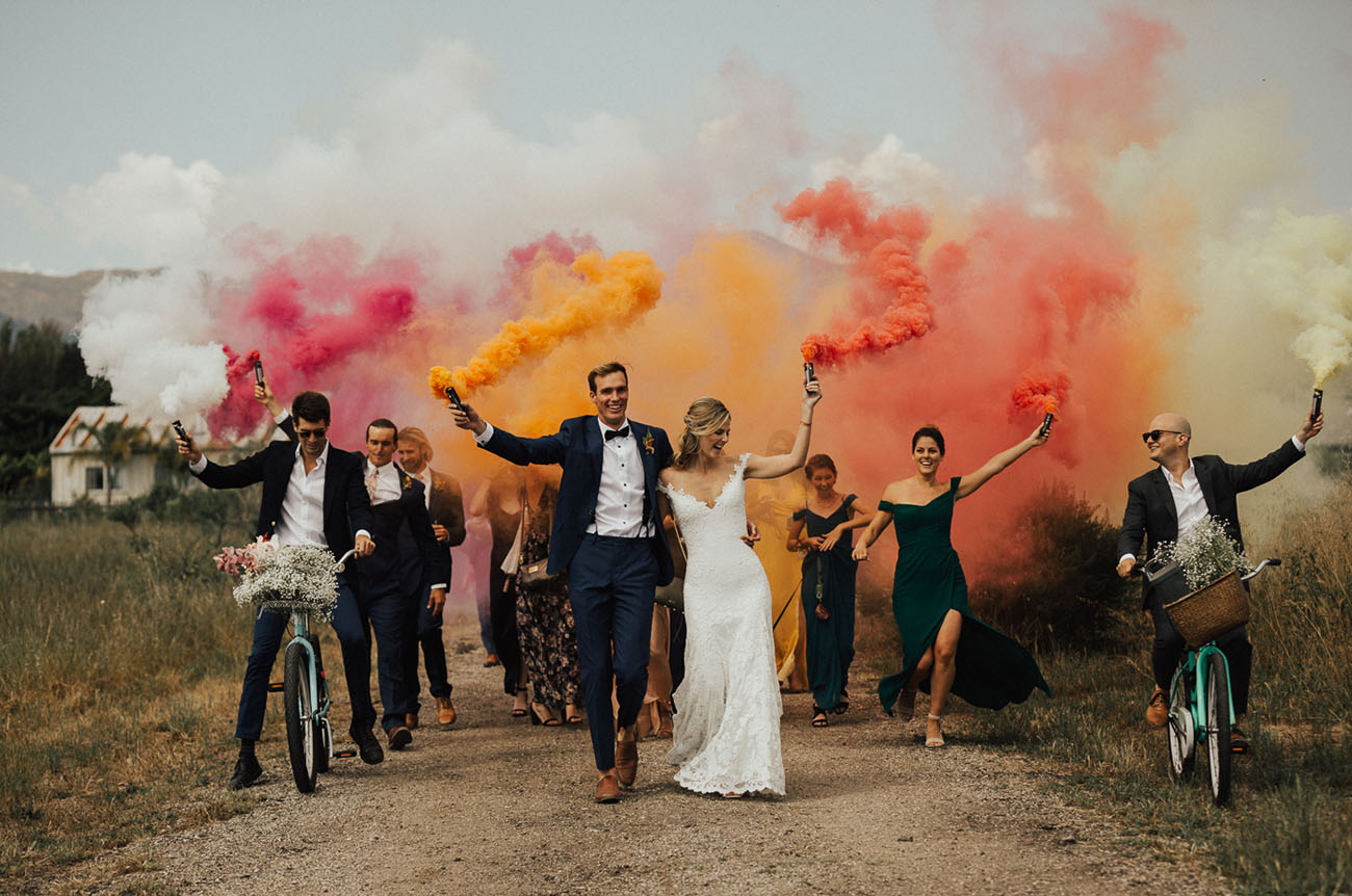 wedding party smoke bomb