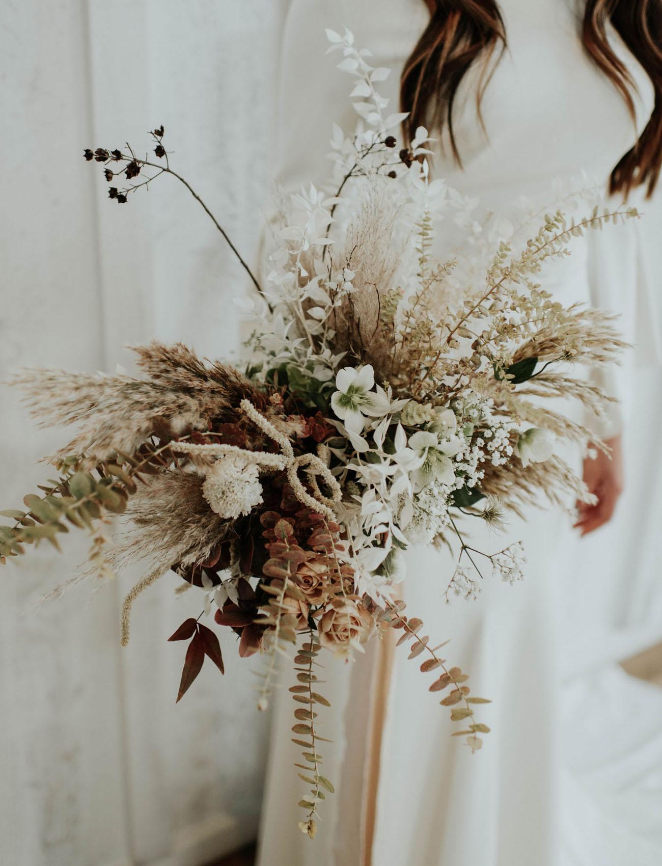 boho dried flower bouquet