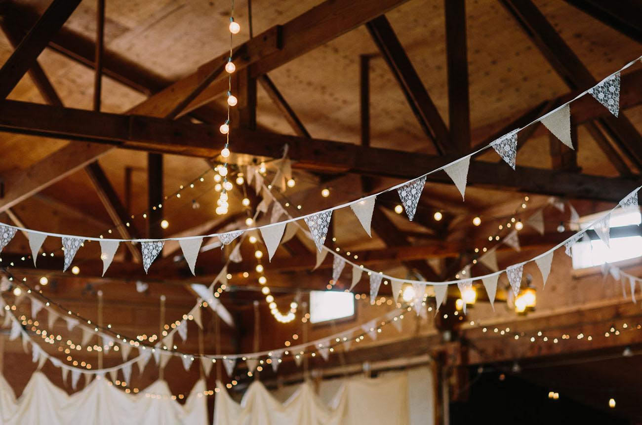 wedding bunting decor