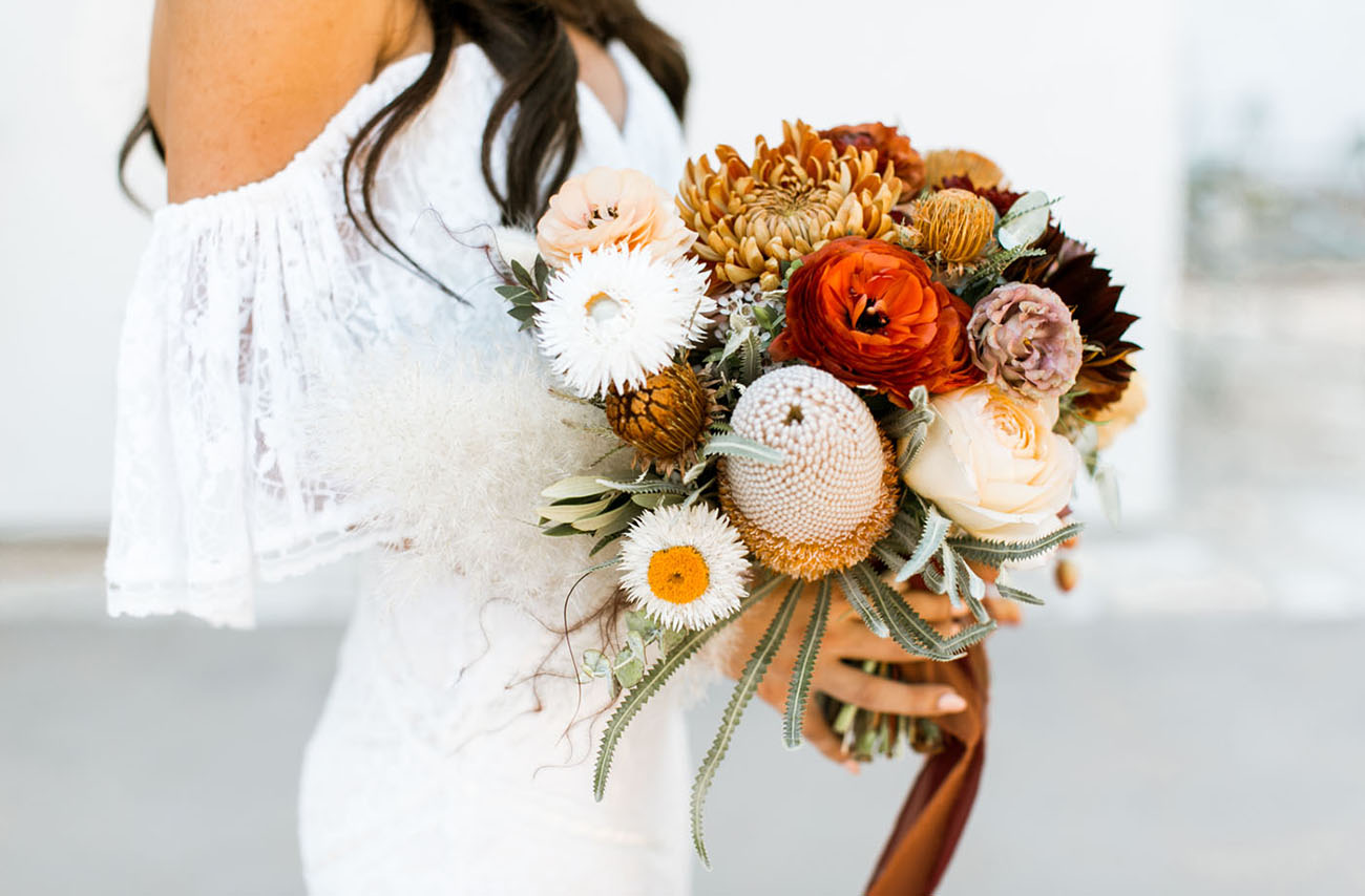 fall wedding color palette bridal bouquet