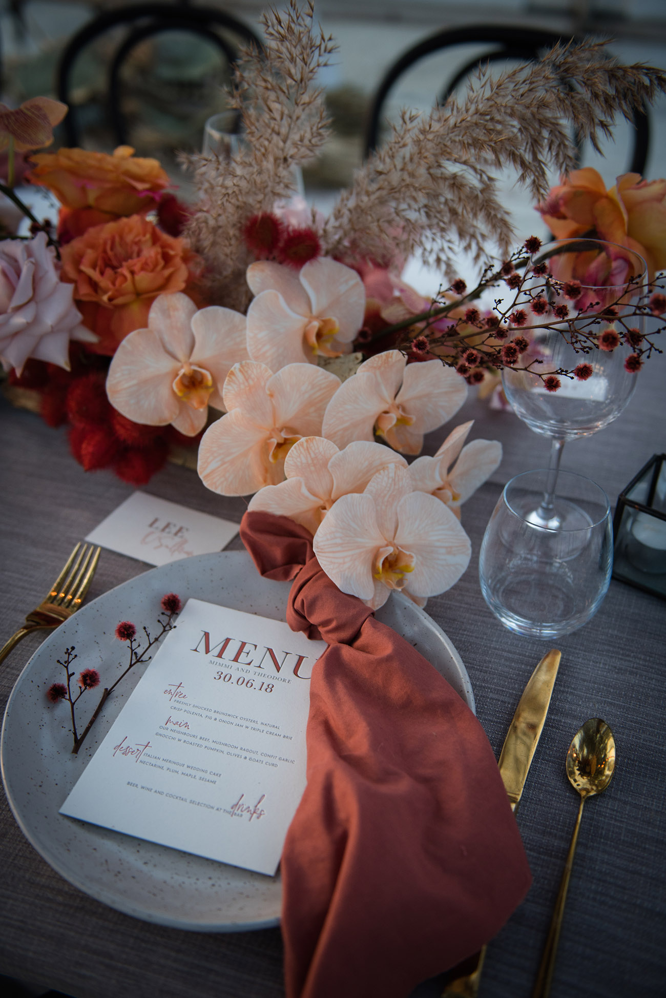 dreamy fall wedding reception tablescape inspiration