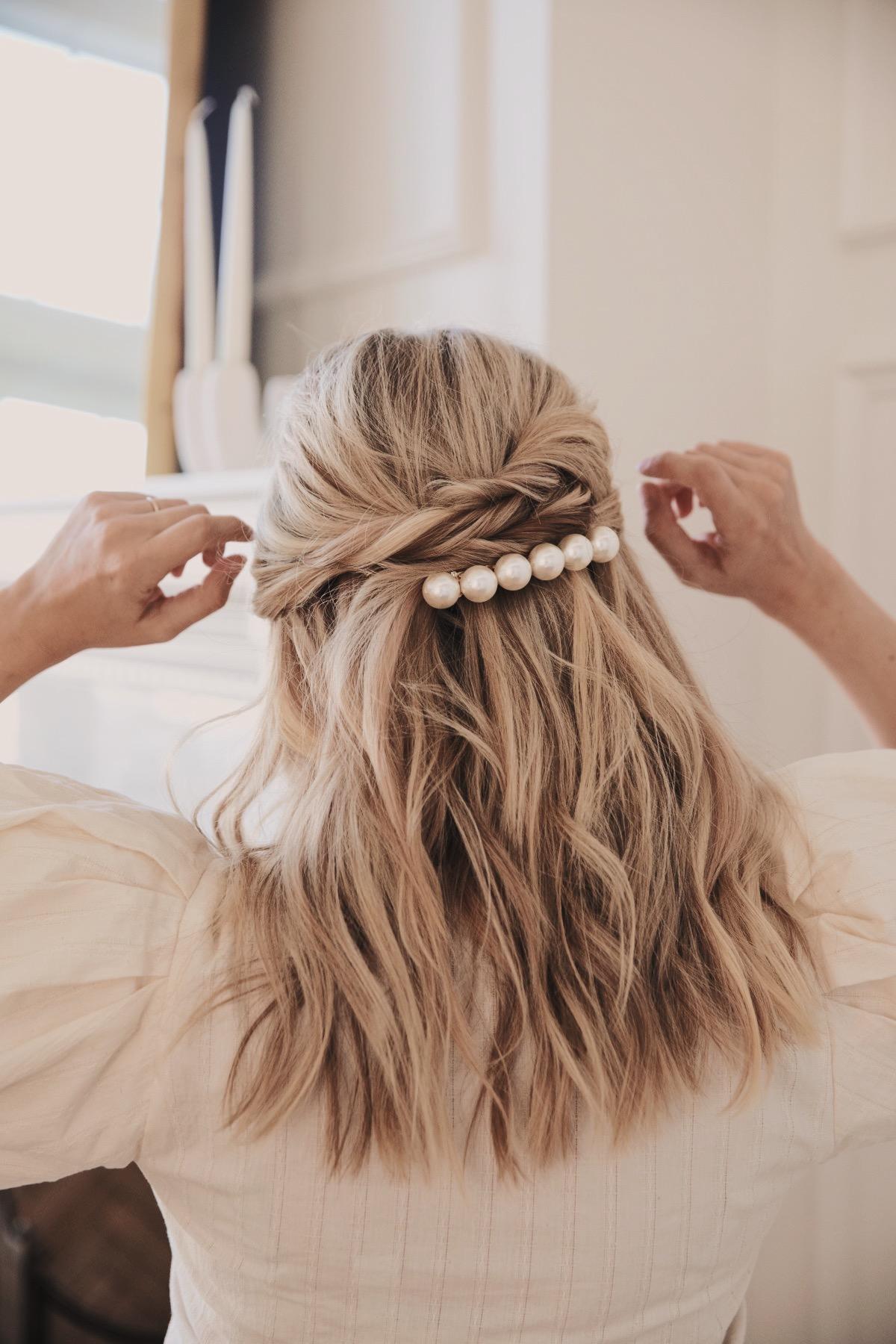 bridal hair ideas, pearl bar, pearl barrette