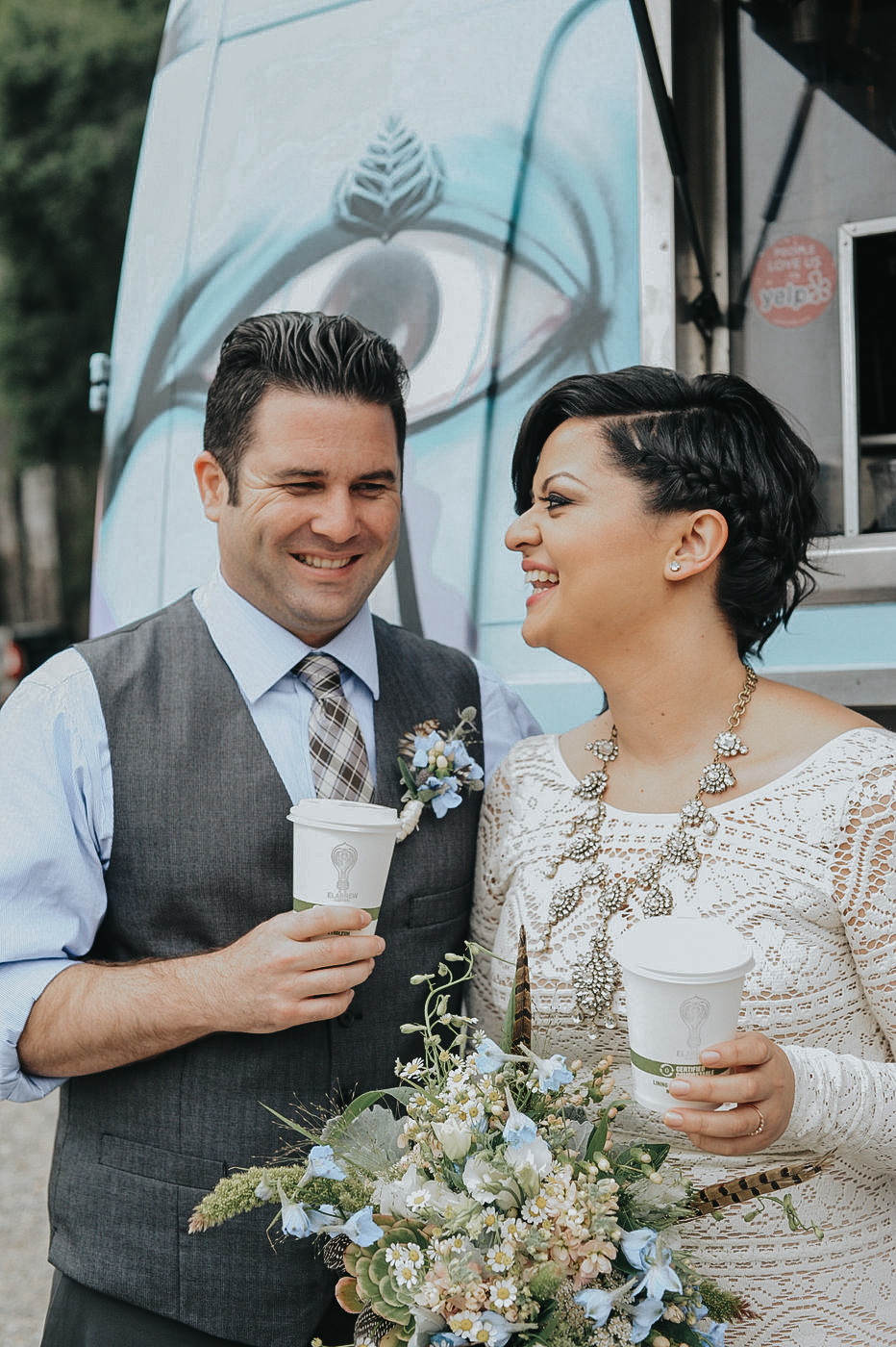 coffee truck at the wedding