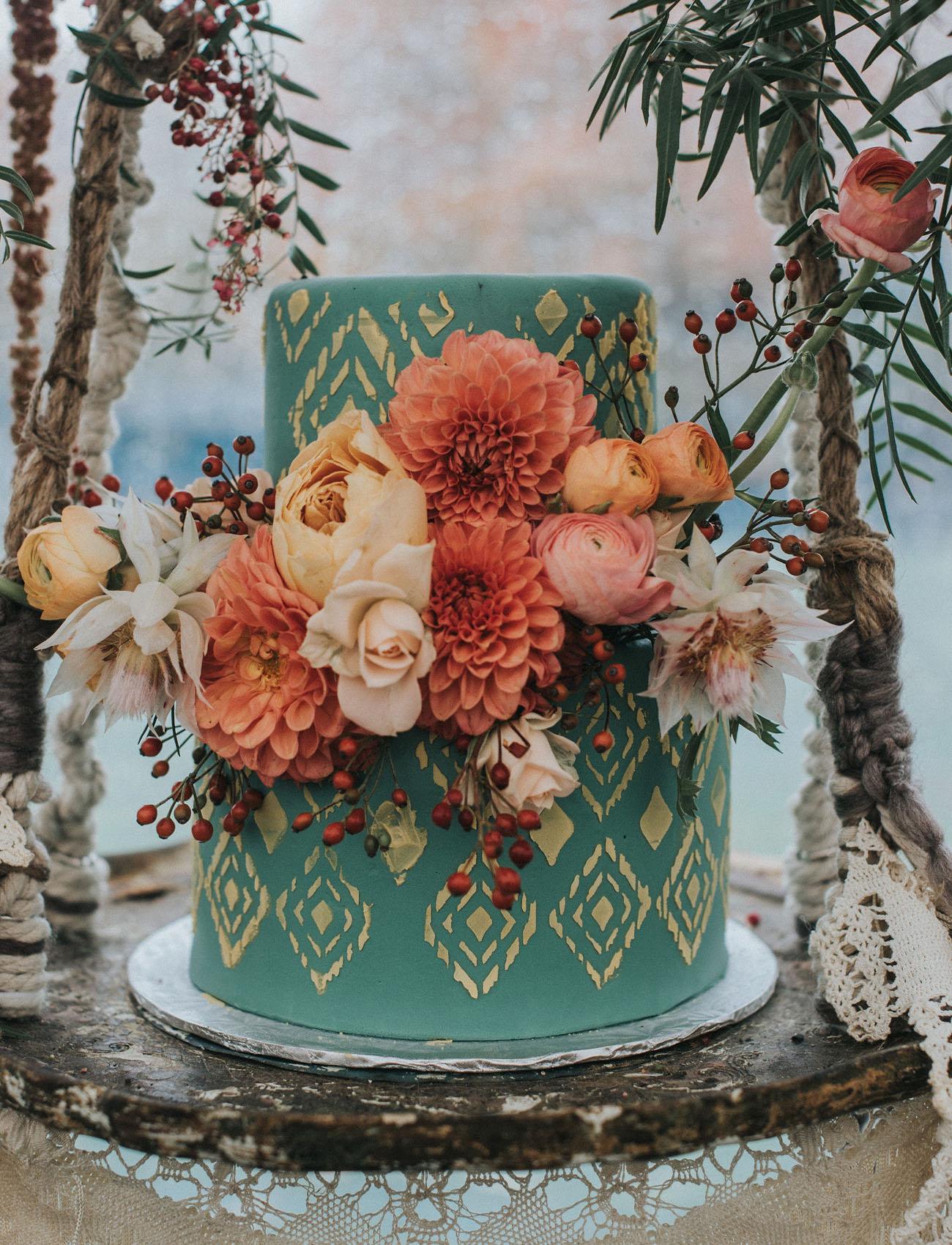 boho wedding cake