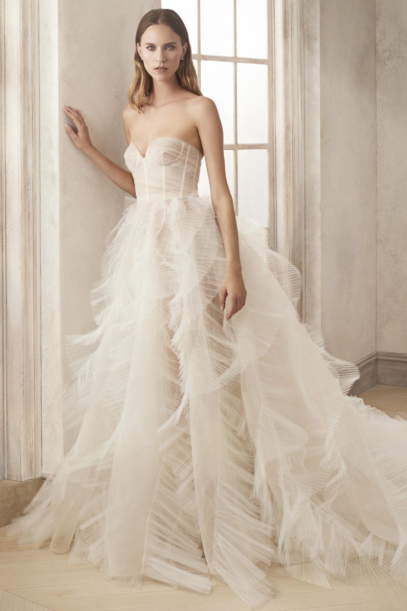 Oscar de la Renta Ruffles Wedding Dress