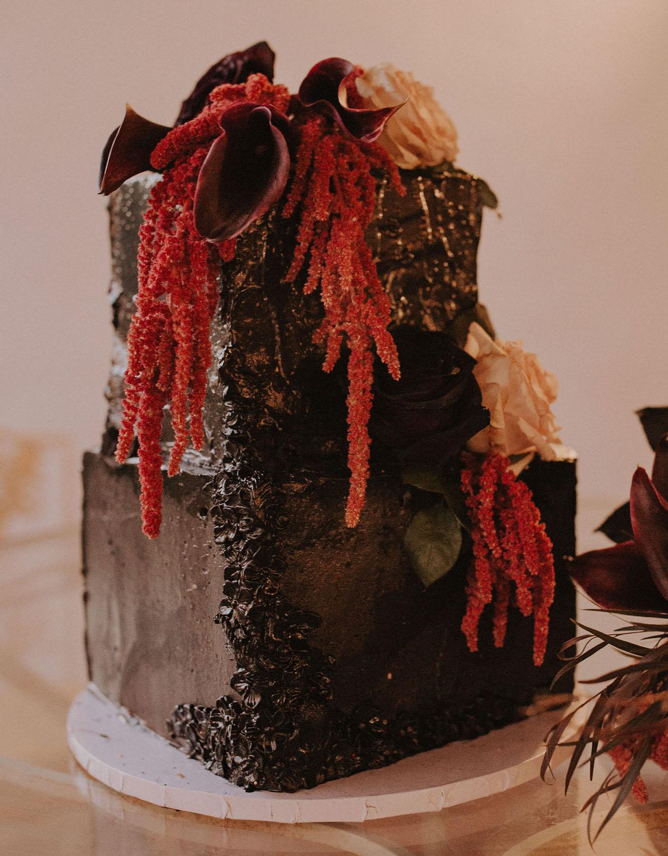 black halloween wedding cake