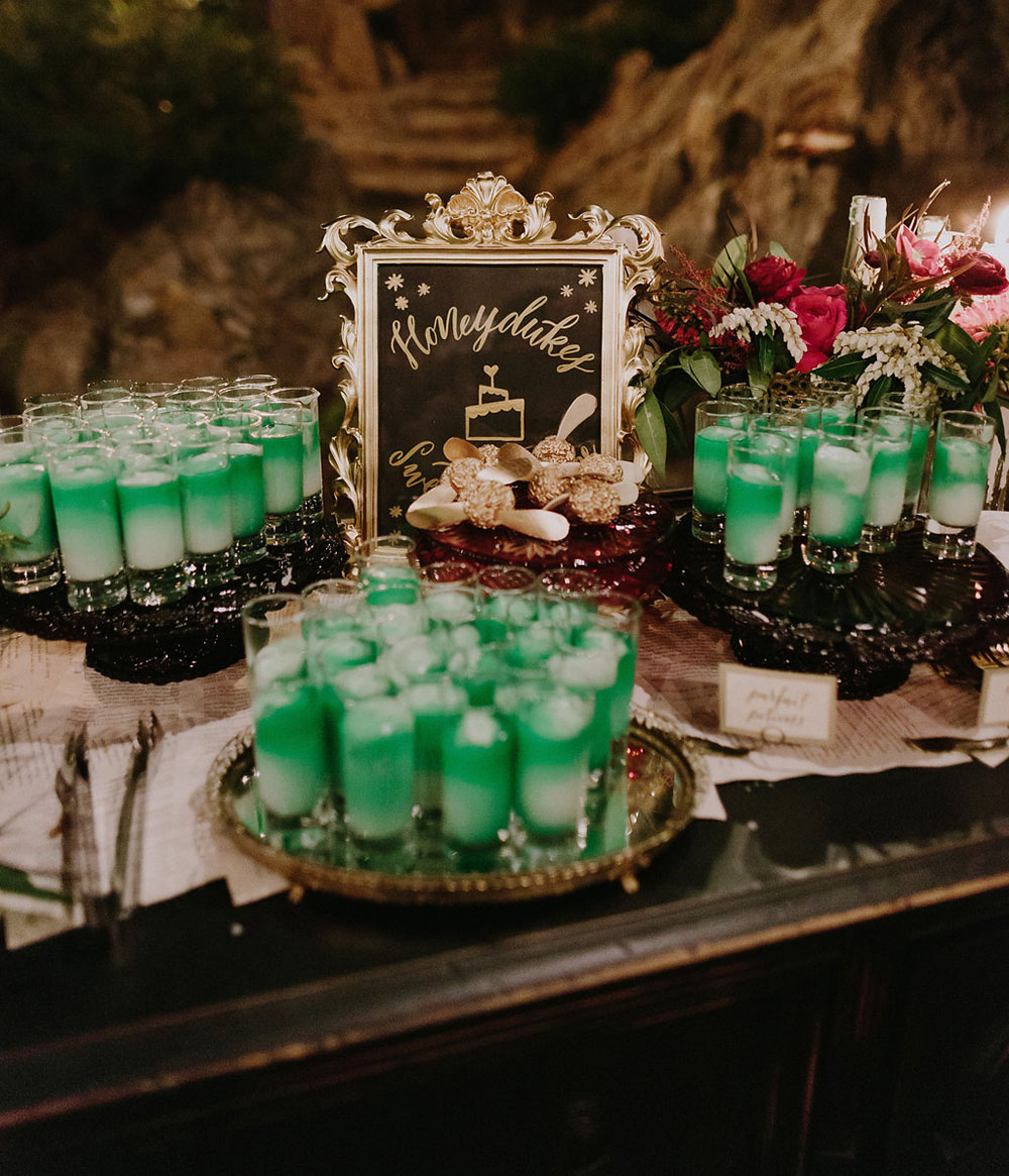 Spooky Halloween ideas for your wedding