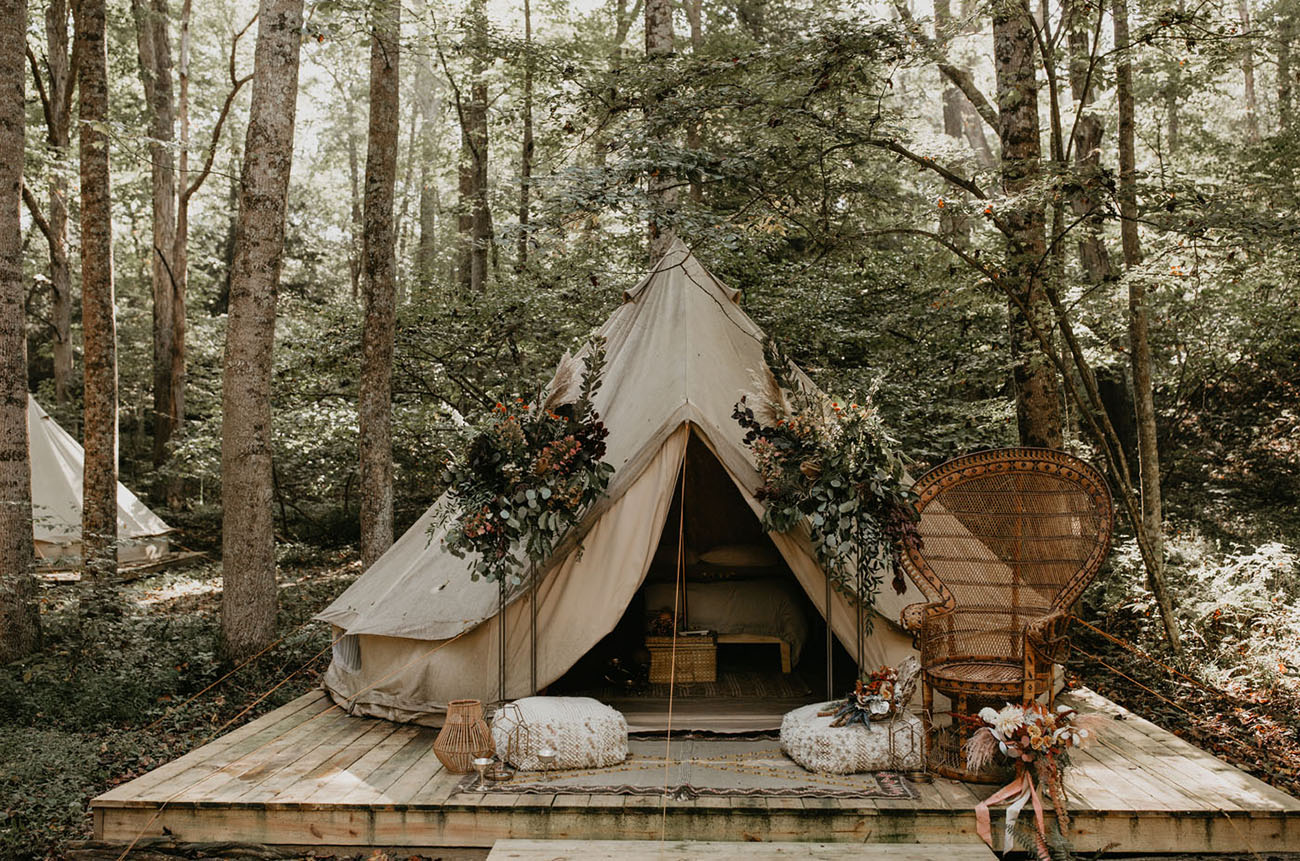 Fall Glamping Wedding Inspiration