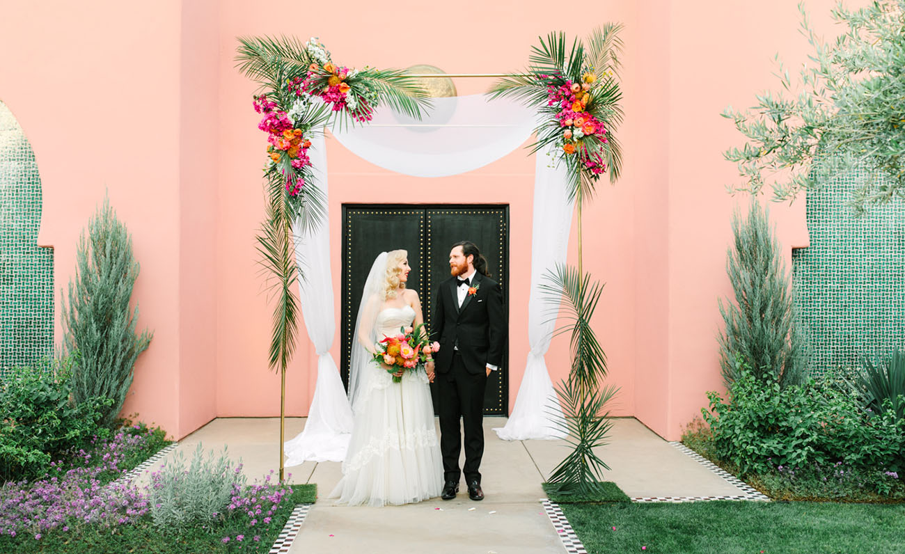 Vintage Glam Meets Tropical Pinks in this Wedding at the Sands Hotel