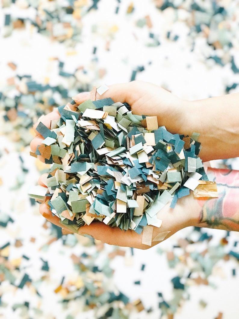 Sustainable alternatives to confetti wedding