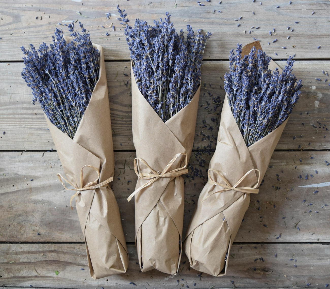 dried lavender for your wedding