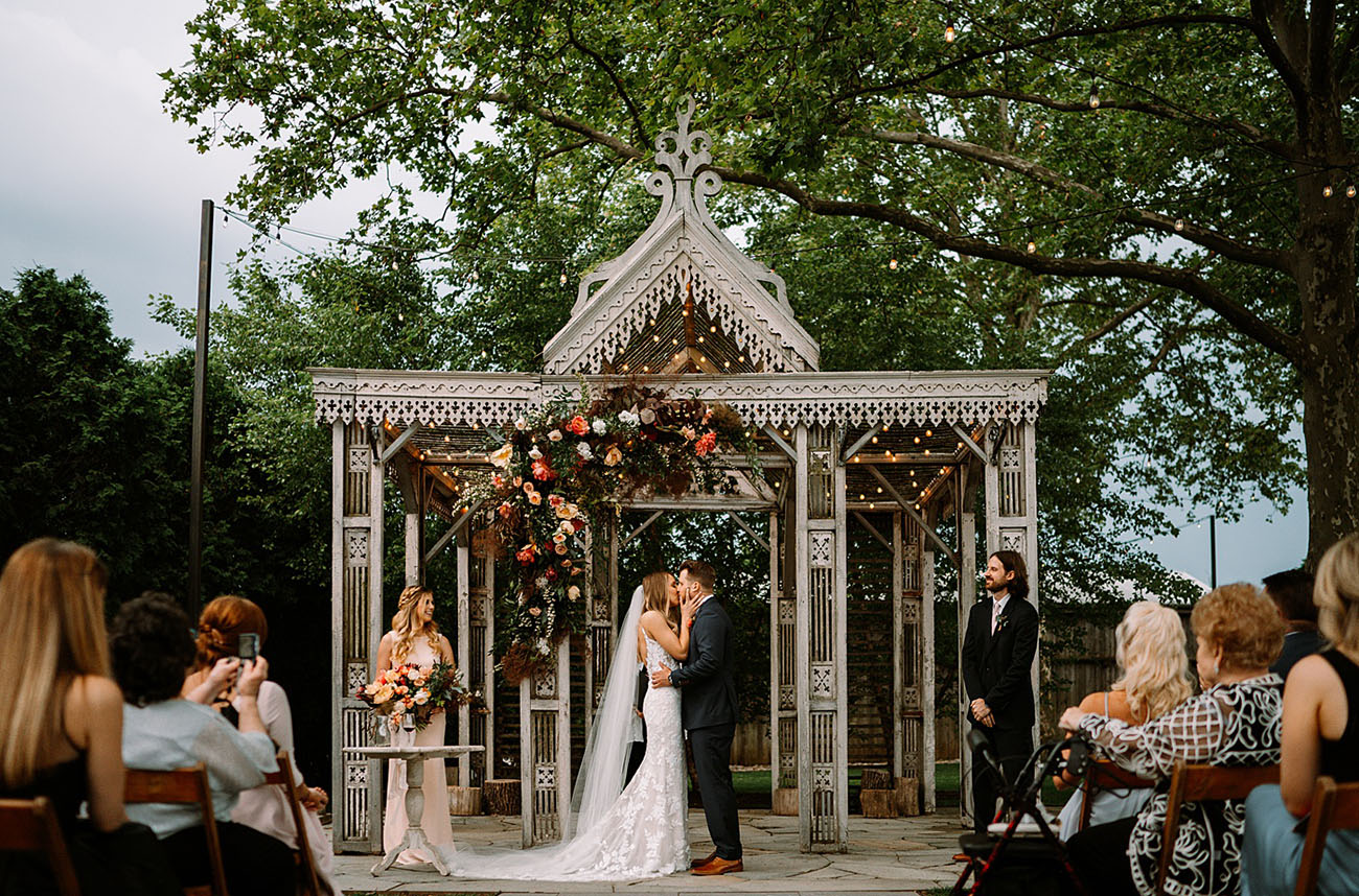 A Garden Micro Wedding With Only 10 Guests and Some of the Most