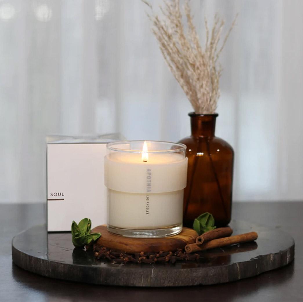 apothia candle