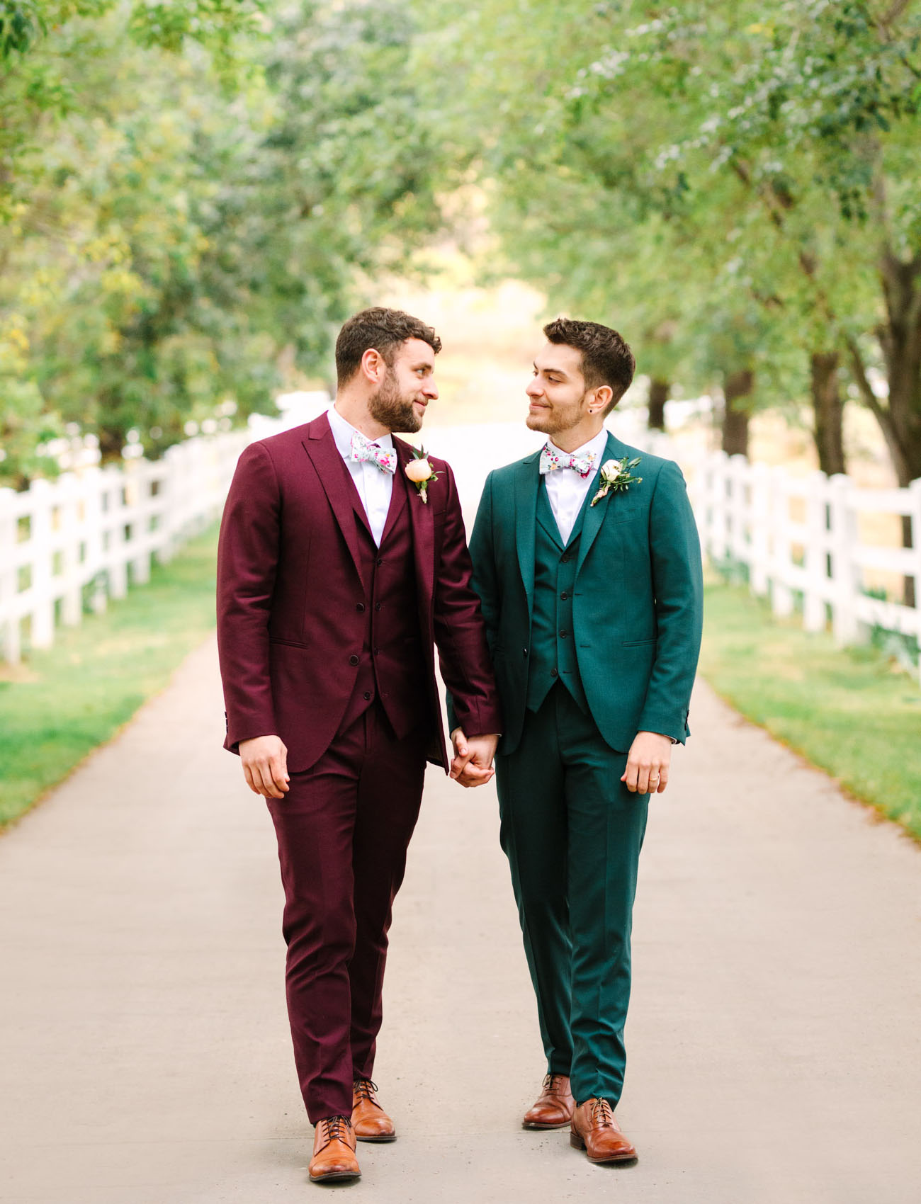red and green suits