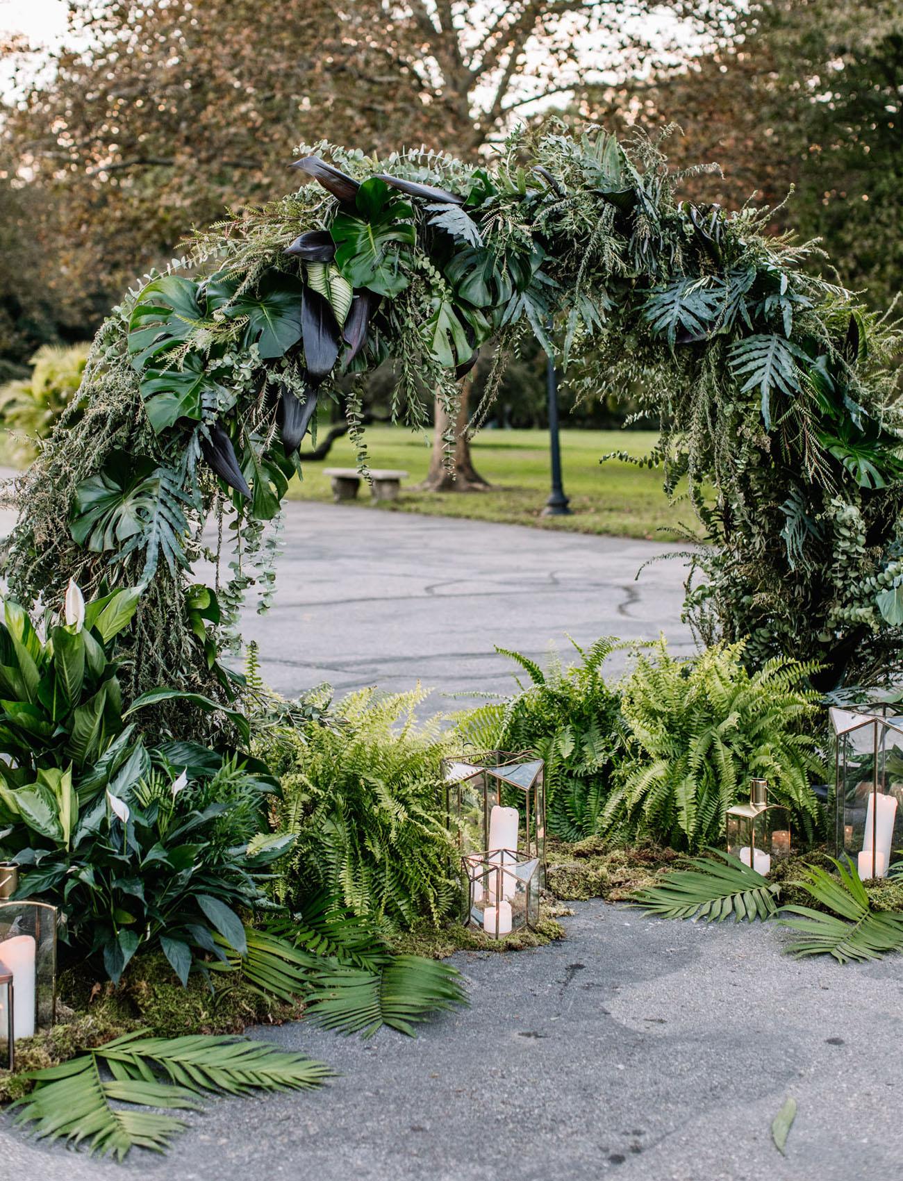 lush greenery circle arch
