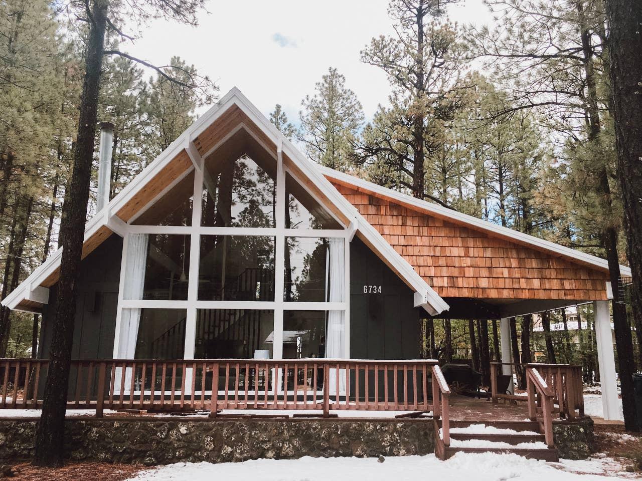 Arizona cabin Airbnb wedding venue