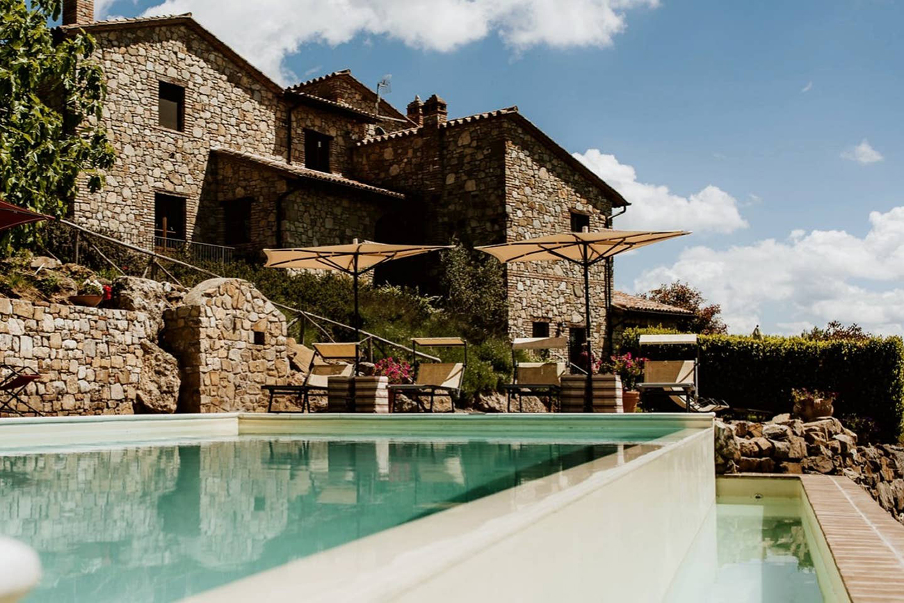 Italian Airbnb venue for your wedding