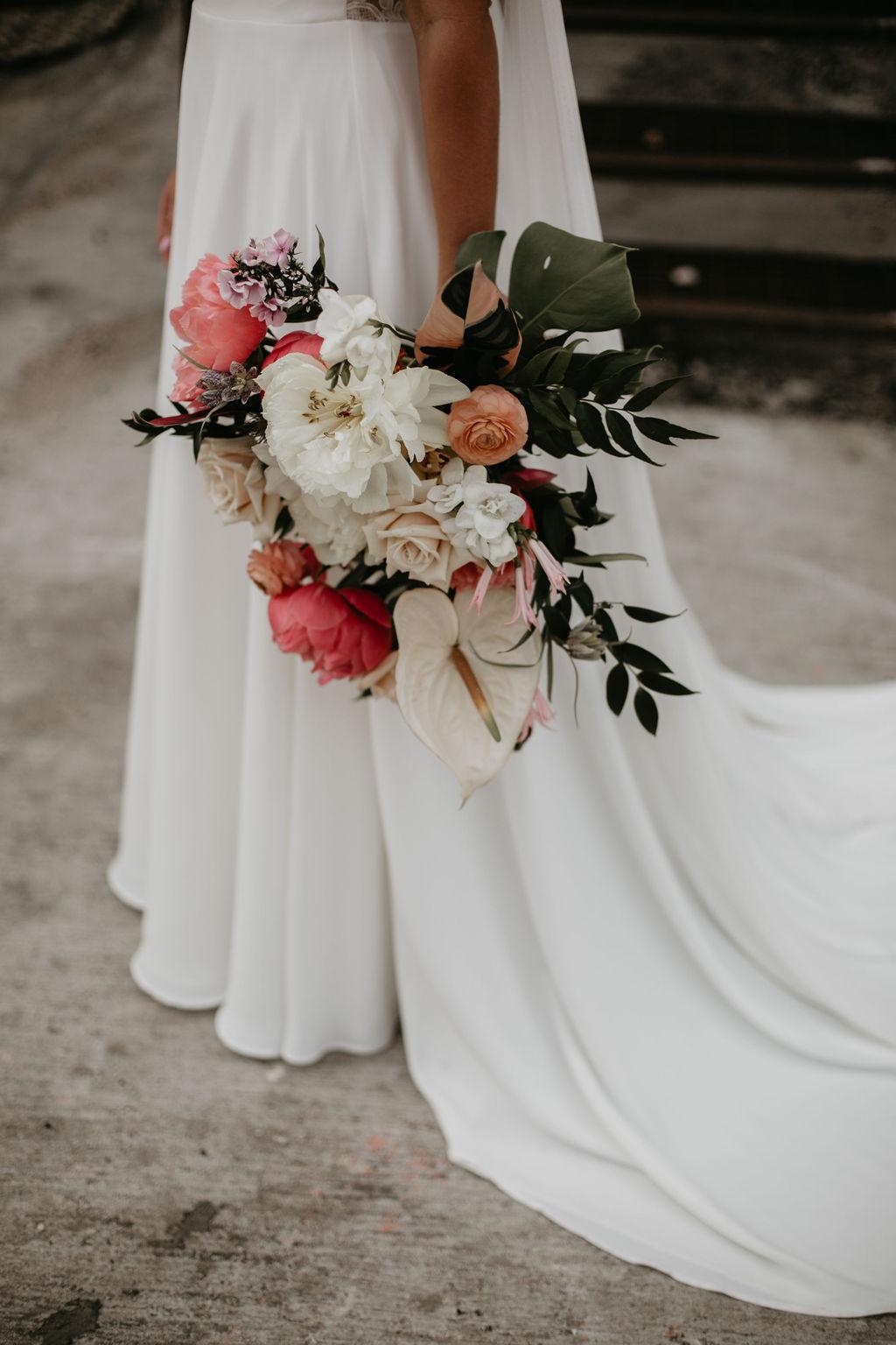 romantic tropical wedding bouquet