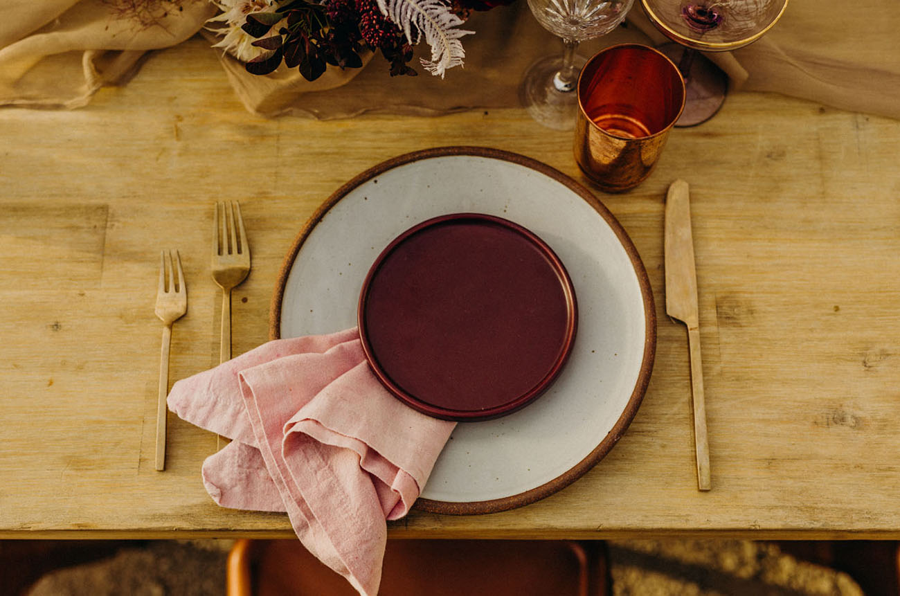 berry colored dinner plate