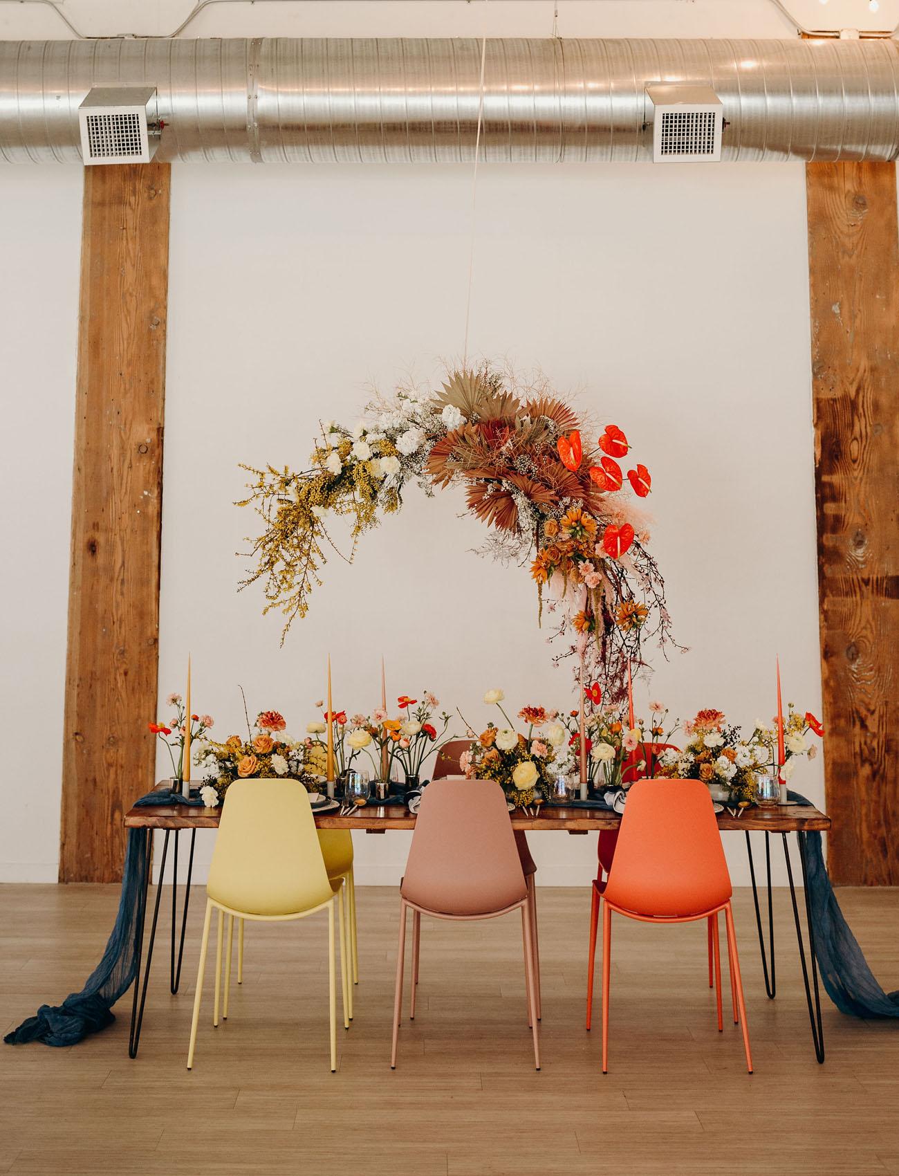 hanging floral tablescape